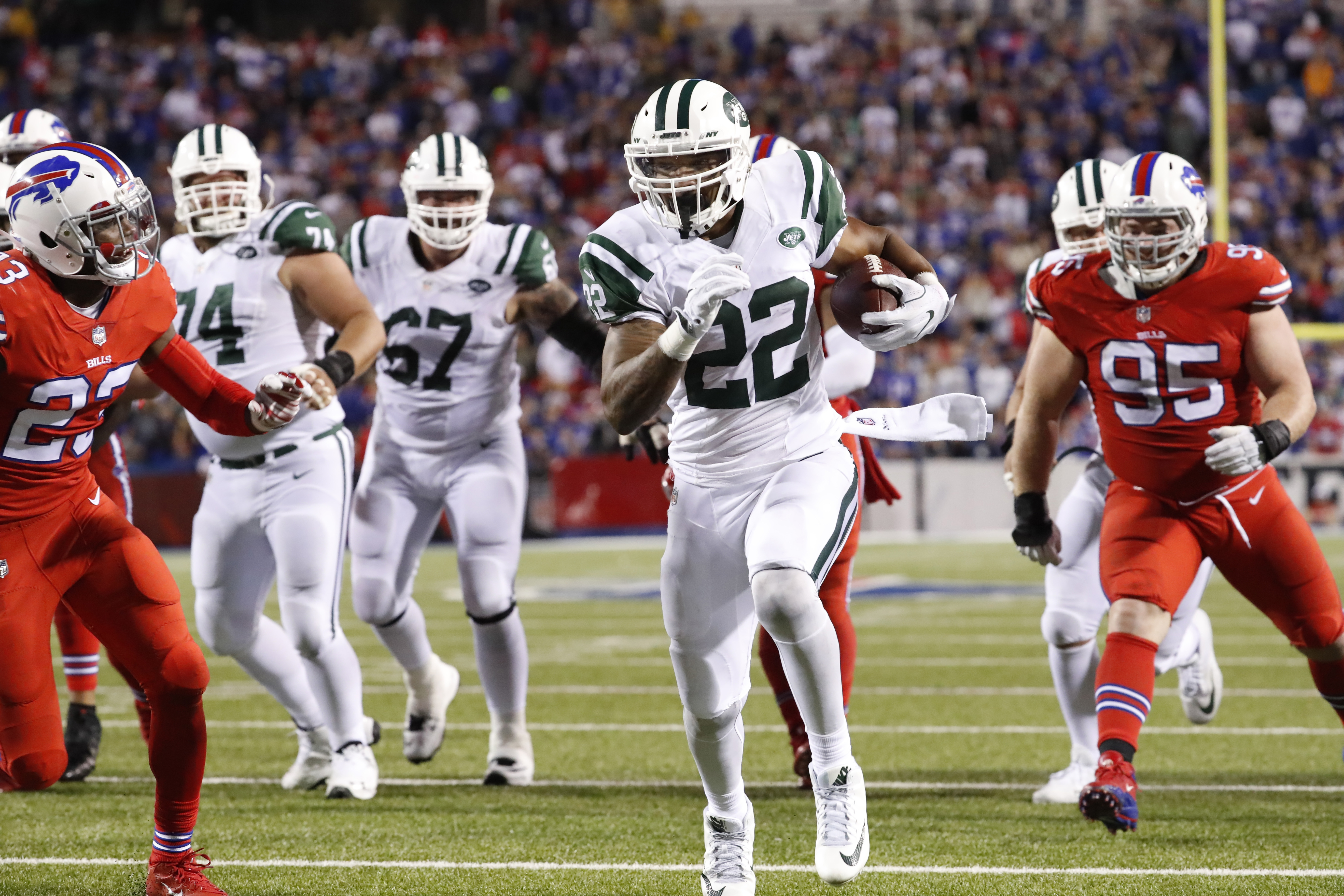 New York Jets running back Matt Forte (22) finds a huge hole for a touchdown run in the fourth quarter.