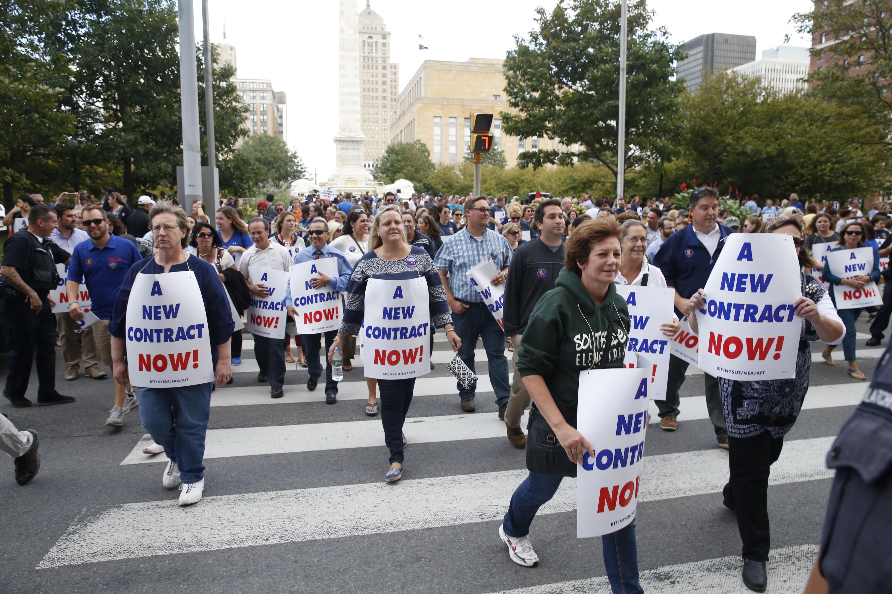 Teachers gather at a rally in Niagara Square on Sept. 28, 2016.  (Robert Kirkham/Buffalo News)
