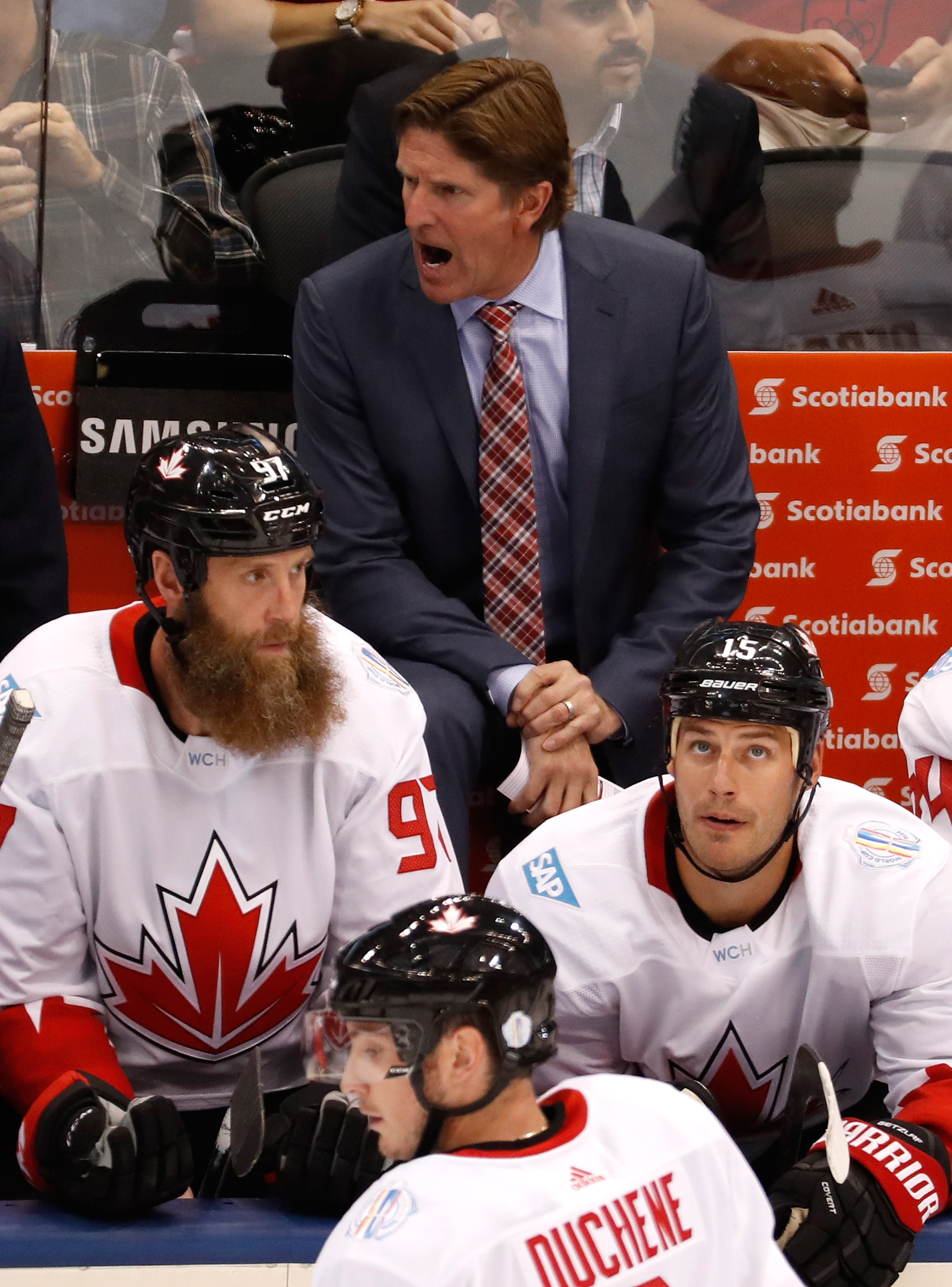 TORONTO, ON - SEPTEMBER 20: Head coach Mike Babcock of Team Canada yells on the bench while playing Team USA during the World Cup of Hockey at the Air Canada Center on September 20, 2016 in Toronto, Canada. (Photo by Gregory Shamus/Getty Images)