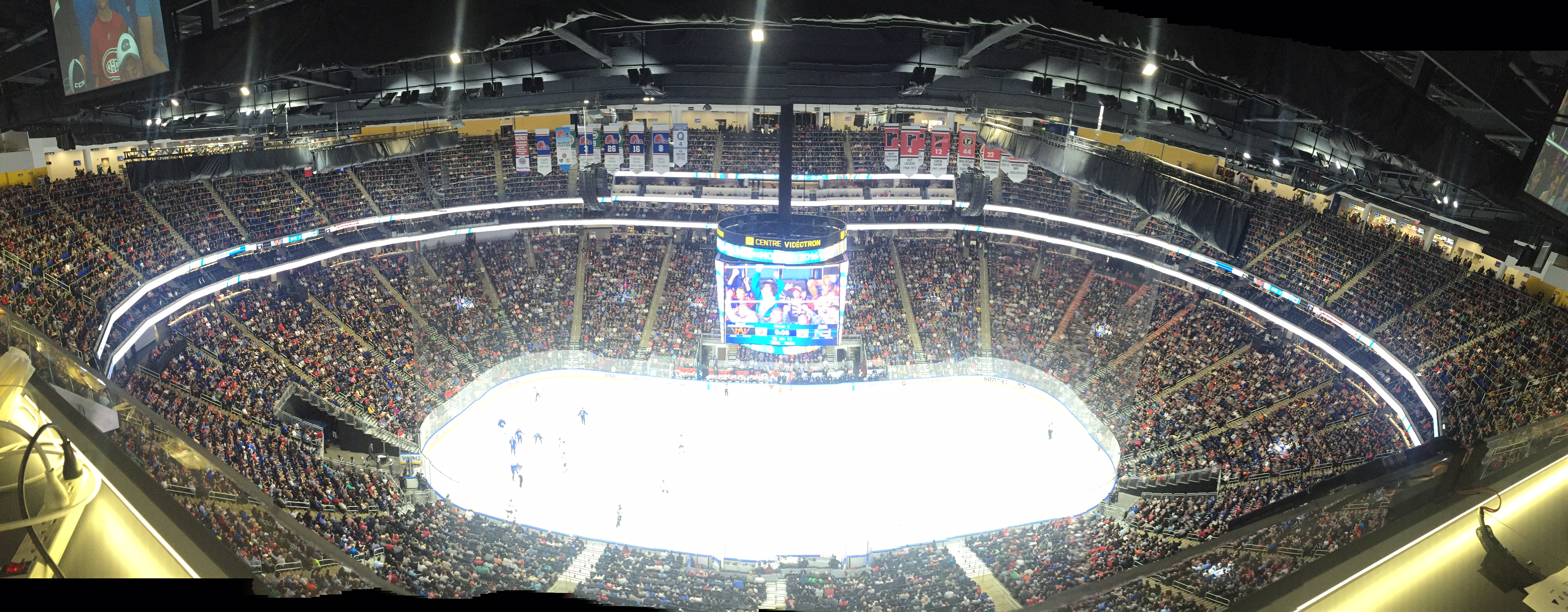 A crowd of 18,005 filled the Videotron Centre on Thursday night (Mike Harrington/Buffalo News).