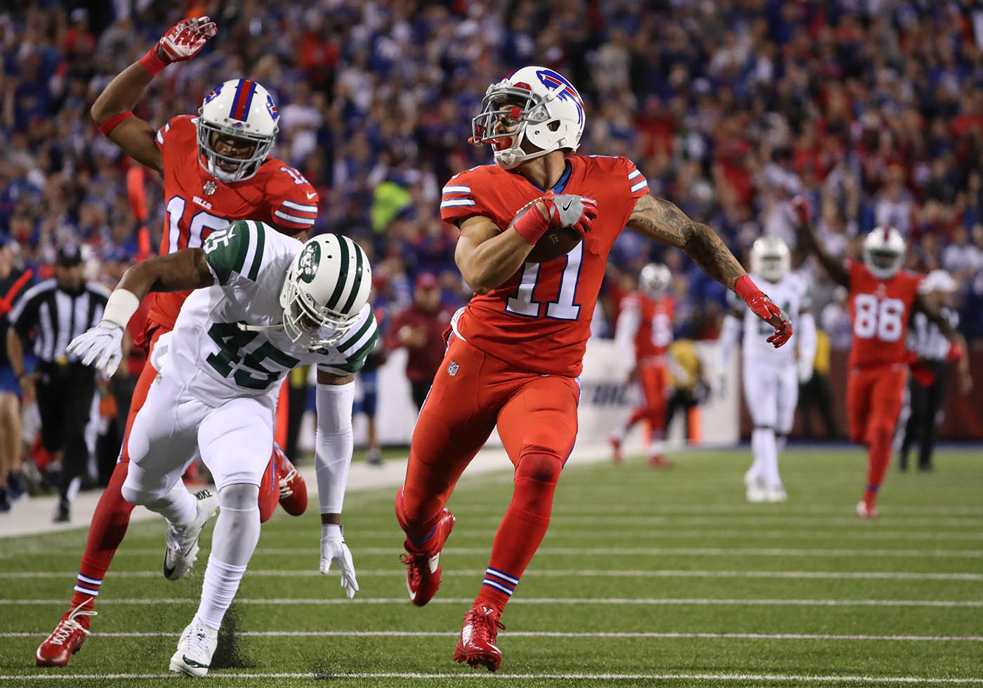 Pictures, Buffalo Bills wide receiver Greg Salas (11) pulls away for a 71-yard touchdown during the second quarter against the Jets at New Era Field in Orchard Park, N.Y. on Thursday, Sept. 15, 2016. (James P. McCoy/ Buffalo News)