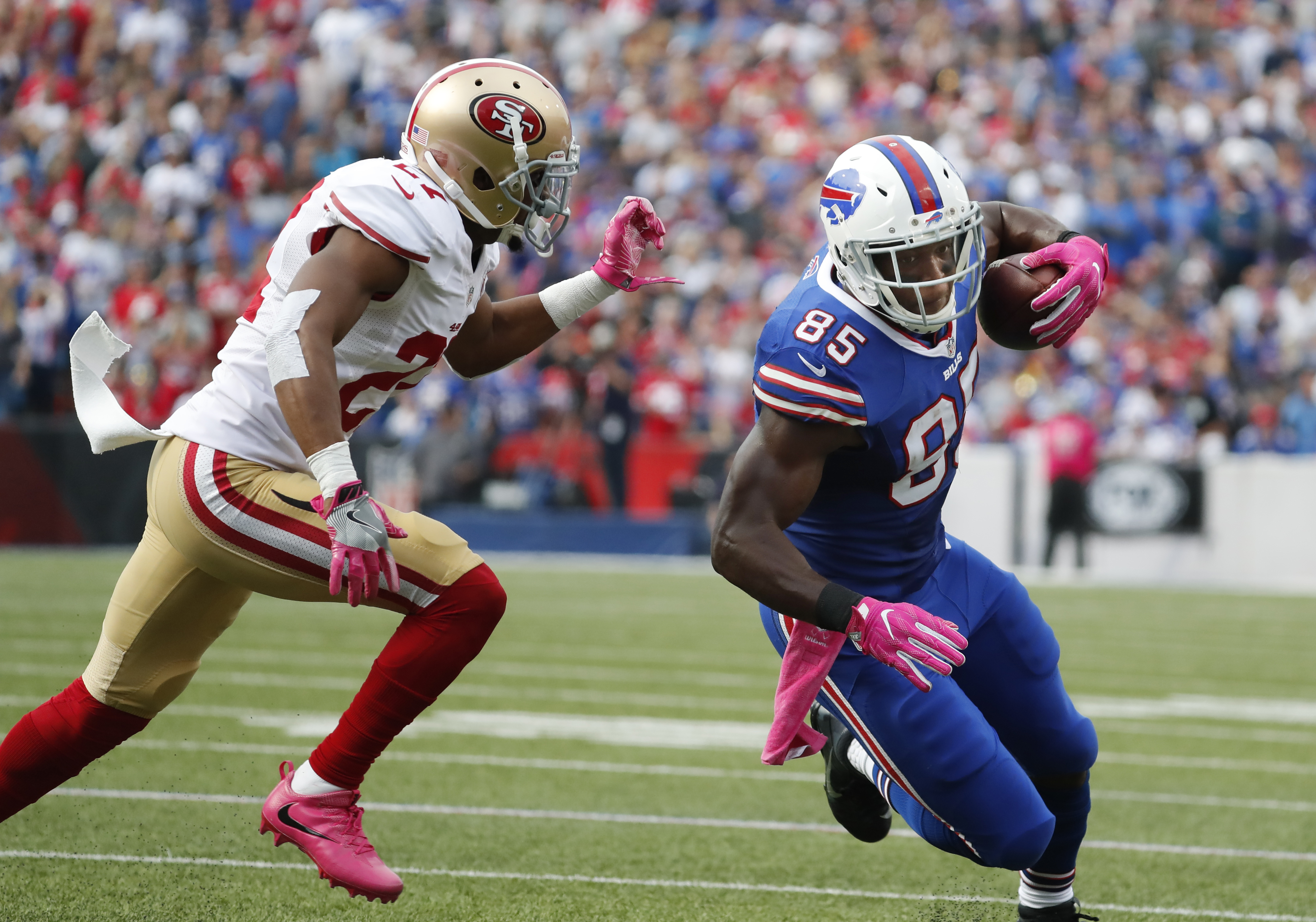 Buffalo Bills tight end Charles Clay (85) puts a move on San Francisco 49ers cornerback Keith Reaser (27) during the first quarter at New Era Field on Sunday, Oct. 16, 2016.  (Harry Scull Jr./Buffalo News)