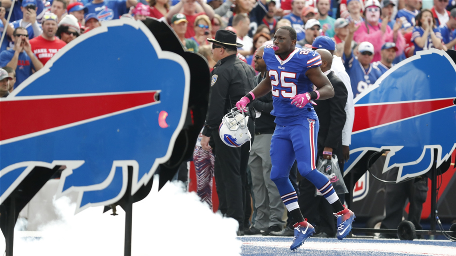 LeSean McCoy takes the field for Sunday's game against San Francisco. (Harry Scull Jr./Buffalo News)