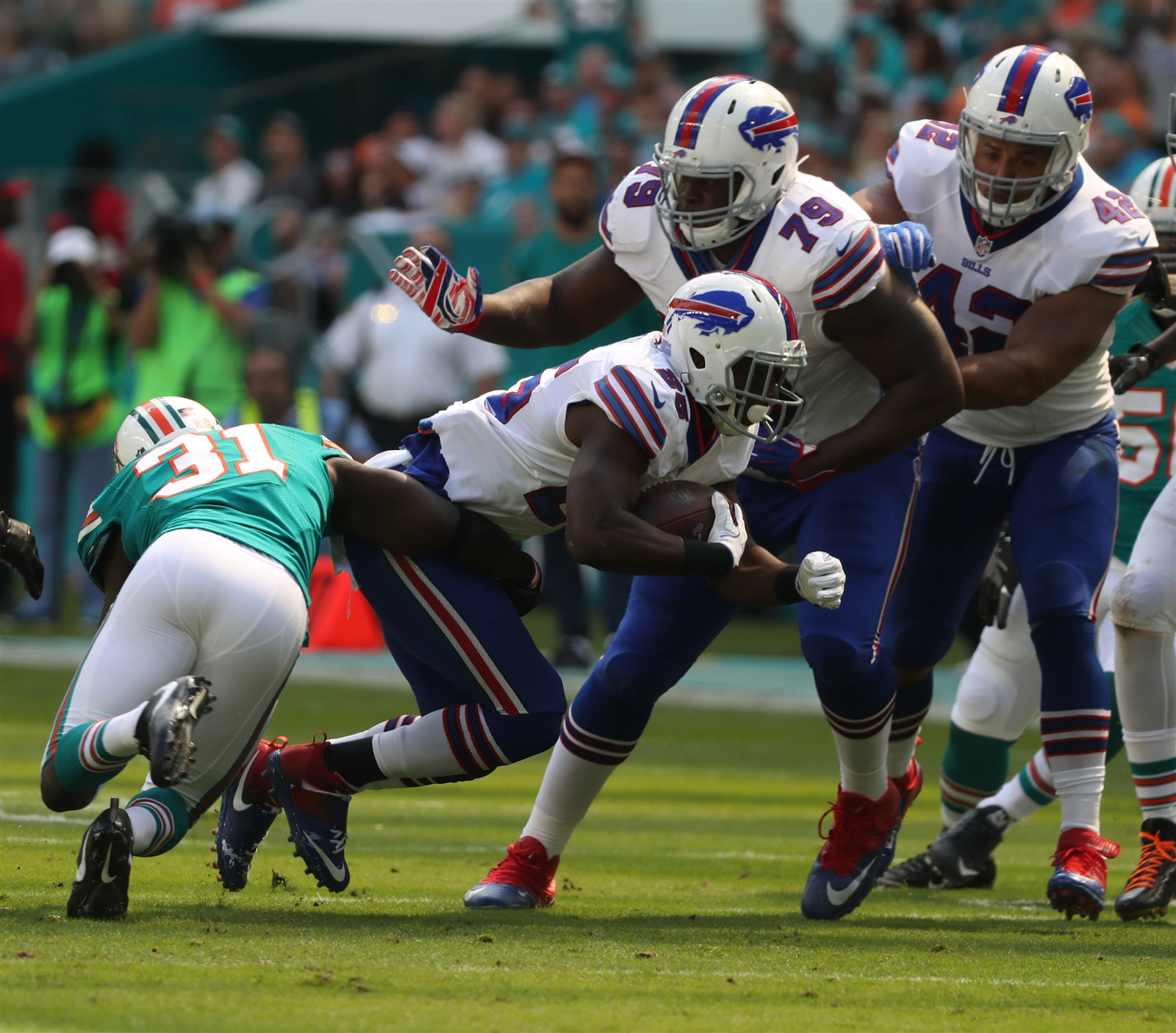 Bills running back LeSean McCoy passed all of the medial staff's tests before playing in Sunday's game against Miami. (James P. McCoy/Buffalo News)