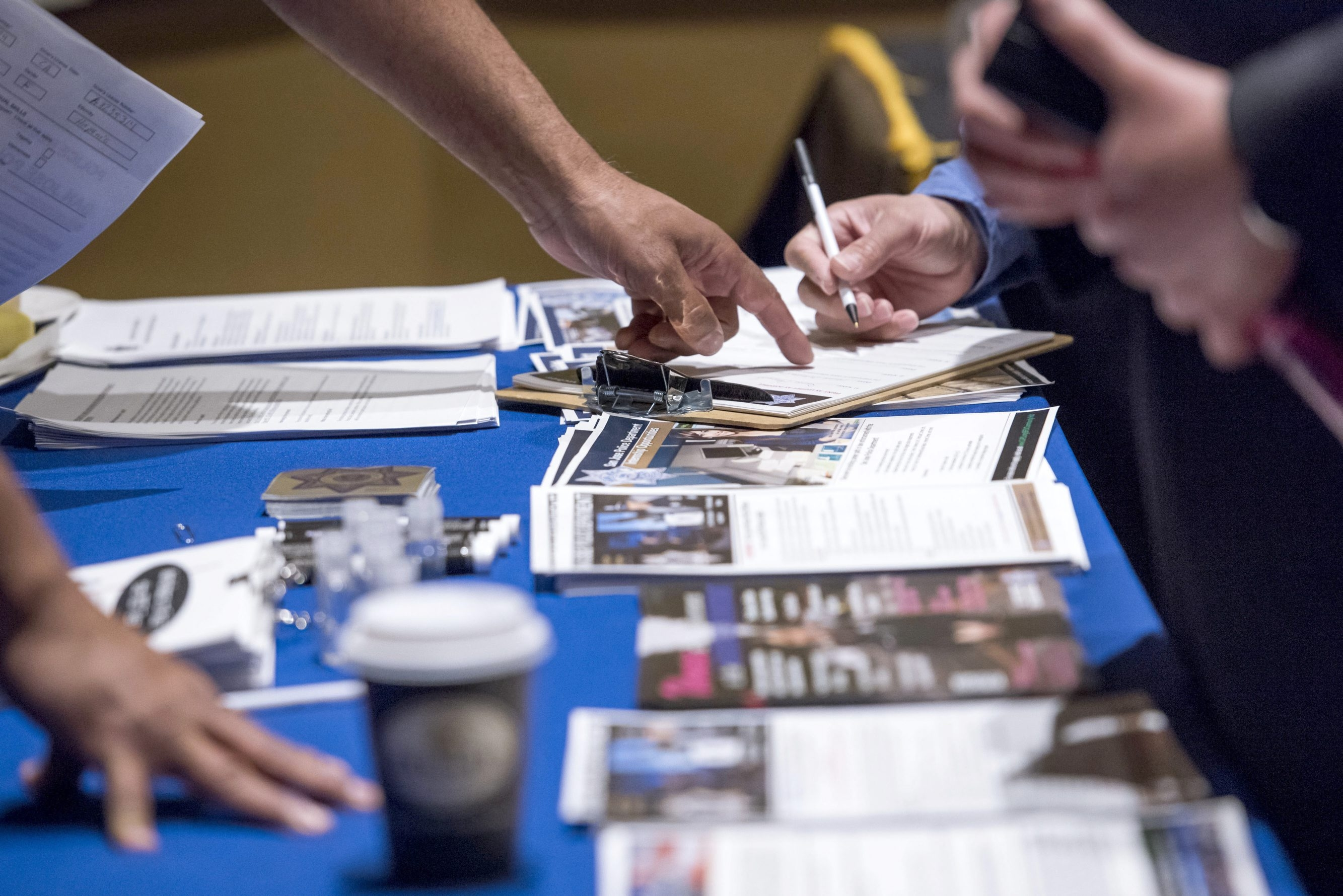 Local jobless rate falls to a nine-year low of 4.9 percent in July