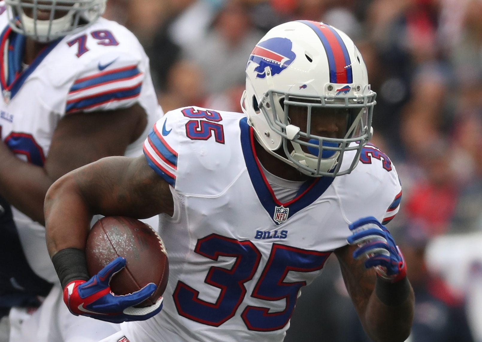 Buffalo Bills running back Mike Gillislee (35) rushes for a first down.