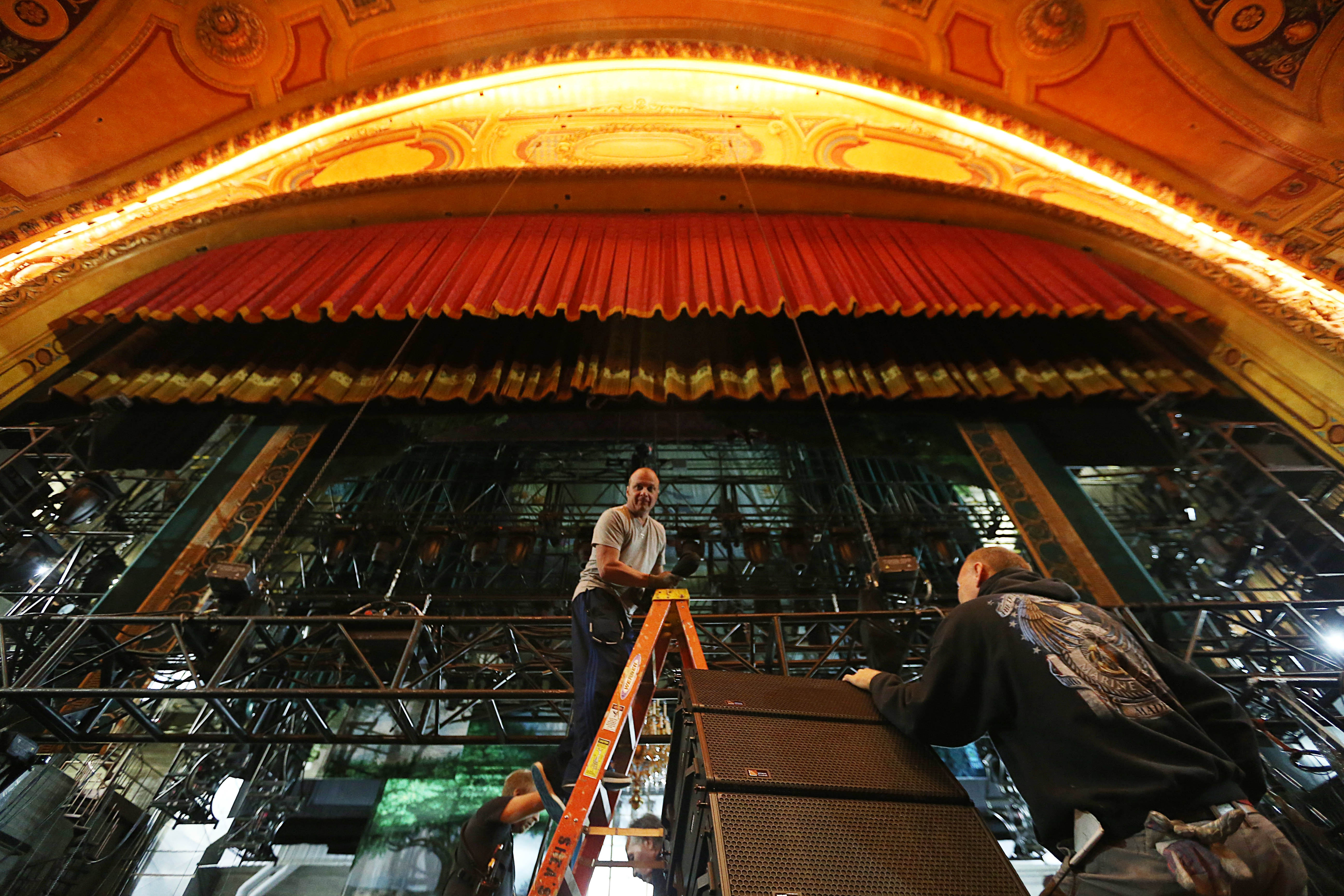 A massive tech load-in for national tour Finding Neverland takes place at Shea' Buffalo Theatre.  Crews work during day two, Wednesday, Sept. 21, 2016.  (Sharon Cantillon/Buffalo News)