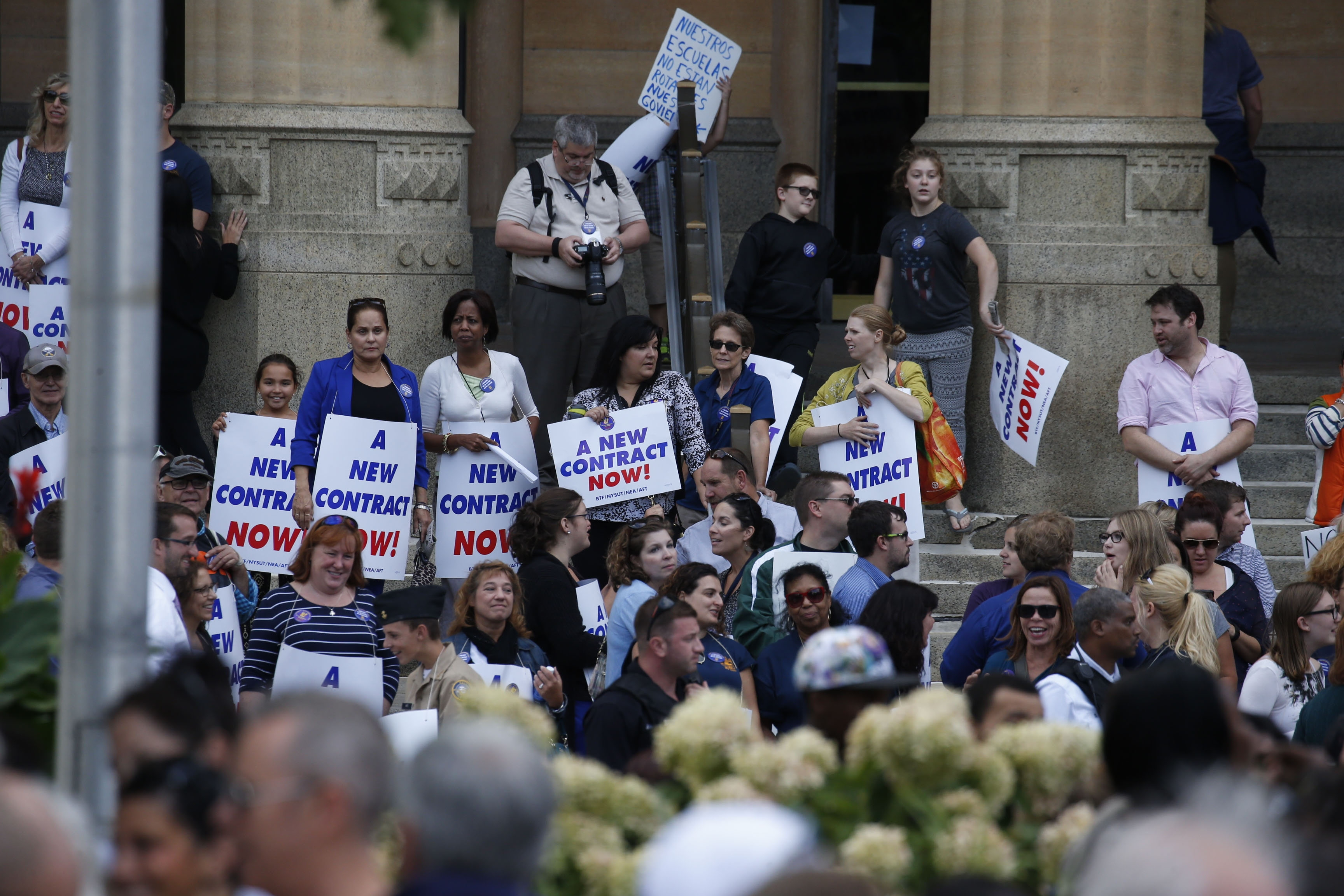 Very well attended gathering at the Buffalo Teacher Federation rally and protest in Niagara Square on Wednesday, Sept. 28, 2016.  (Robert Kirkham/Buffalo News)