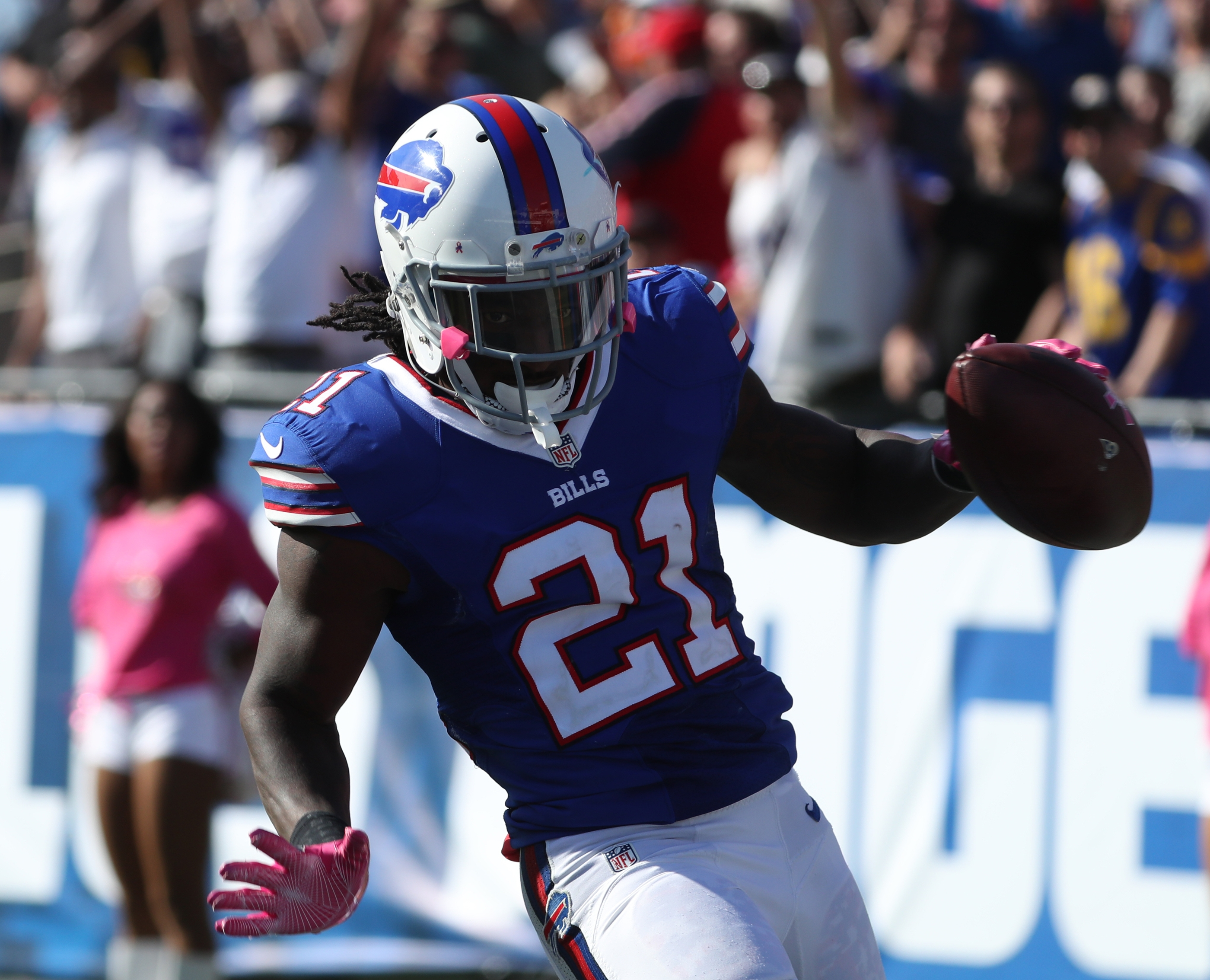Buffalo Bills defensive back Nickell Robey (21) returns an interception for a touchdown in the third quarter.