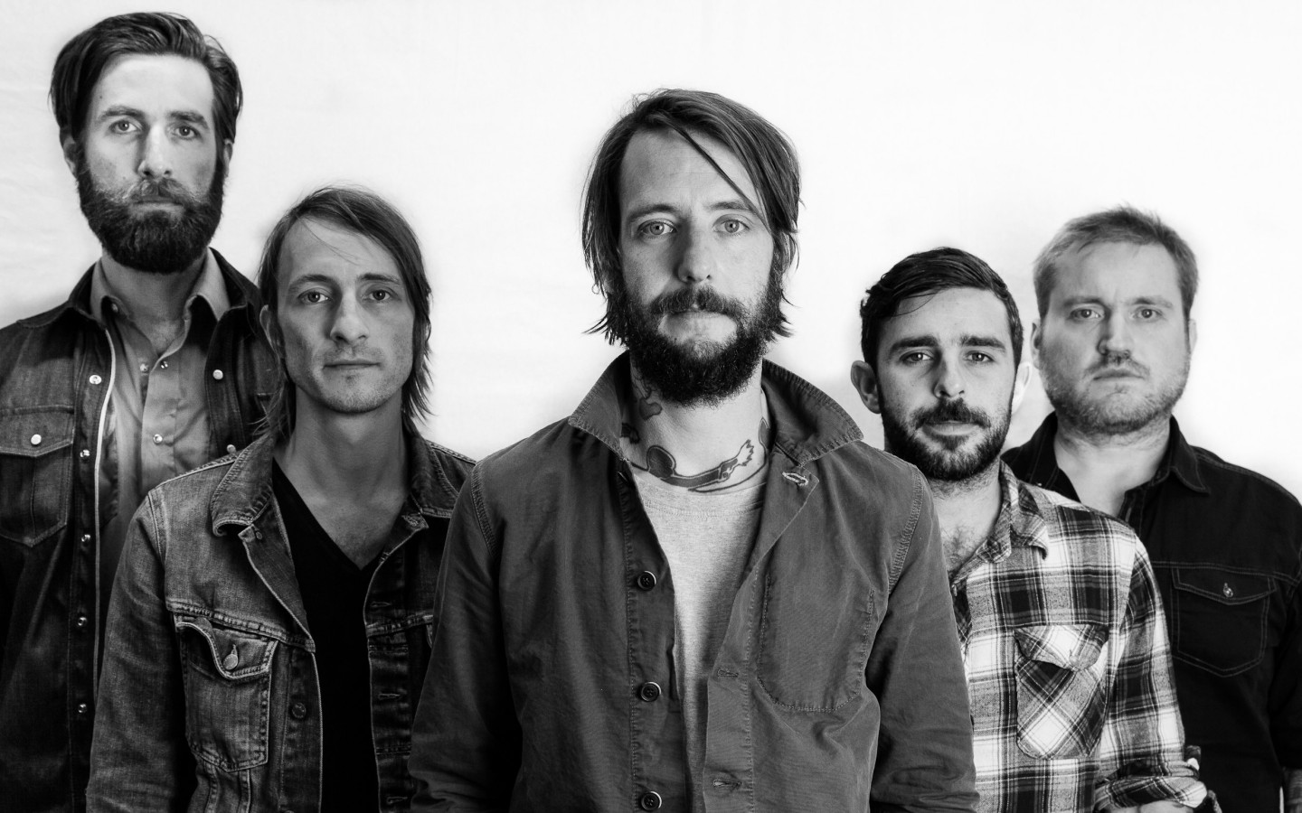 "Band of Horses is playing a free ""pop up and unplugged"" show for listeners of WEDG."