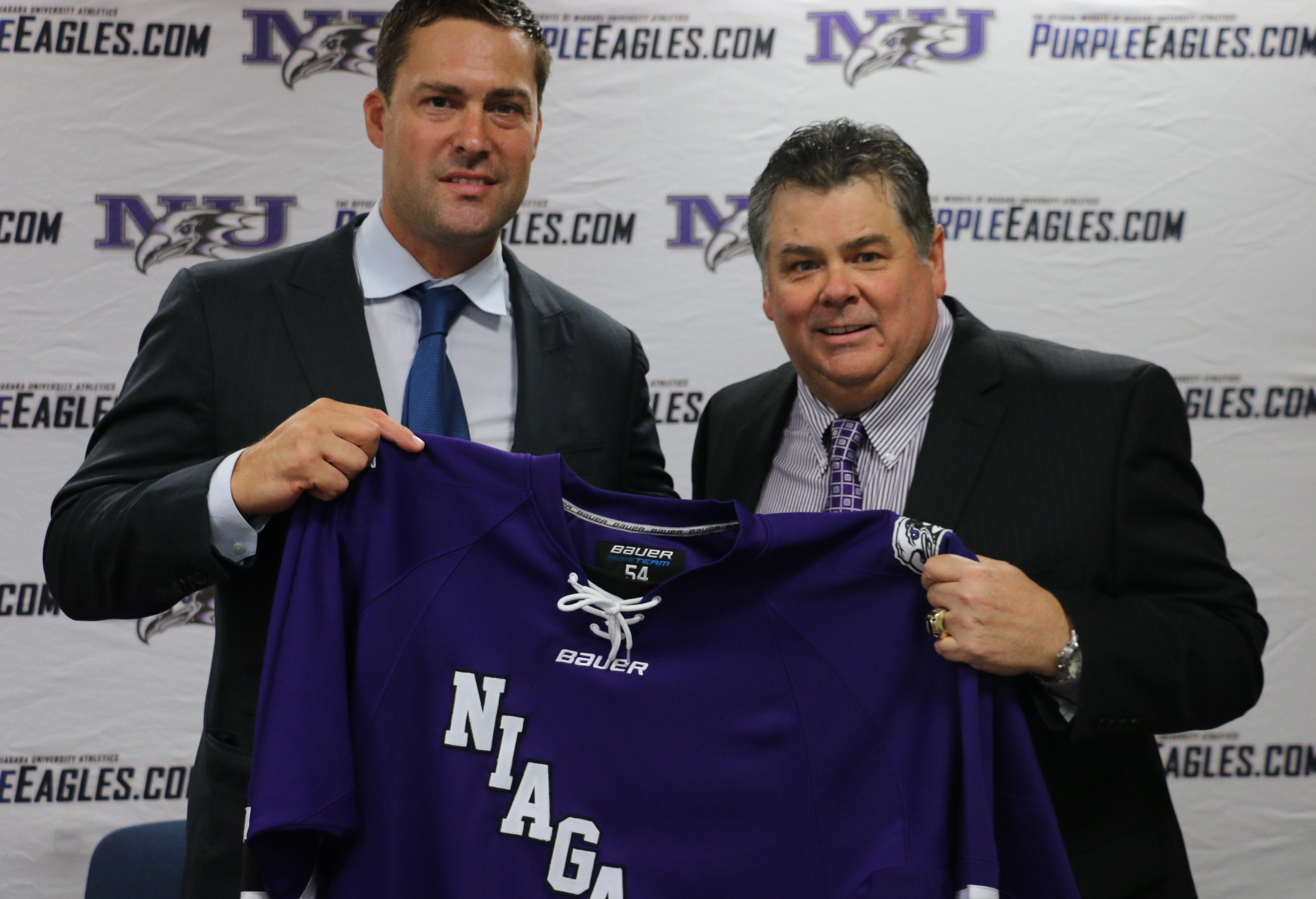 Ethan Moreau reunited with Dave Burkholder on the Niagara coaching staff. (Niagara Athletic Communications)