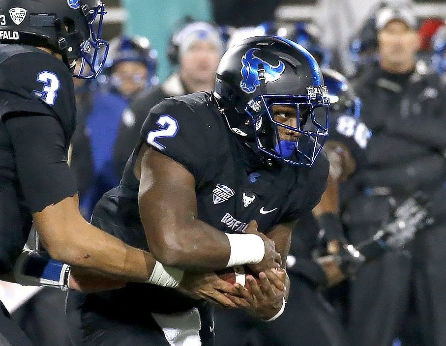 UB running back Jordan Johnson rushed for a school-record 282 yards in the Bulls' win over Akron. (Robert Kirkham/The Buffalo News)