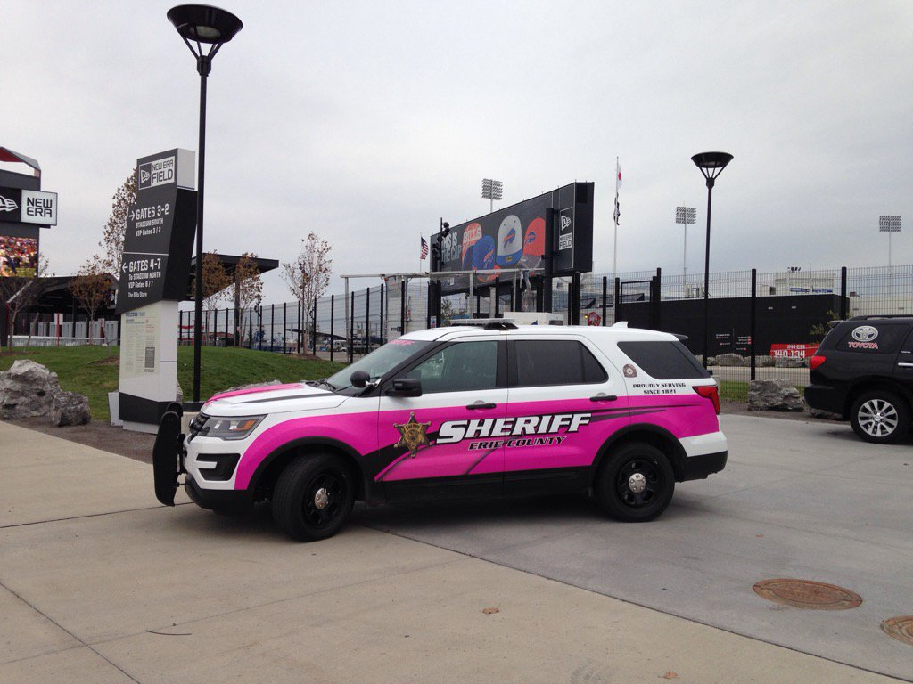 The new Erie County's Sheriff's vehicle designed to promote breast cancer awareness. (Photo courtesy of the Erie County Sheriff's Office)