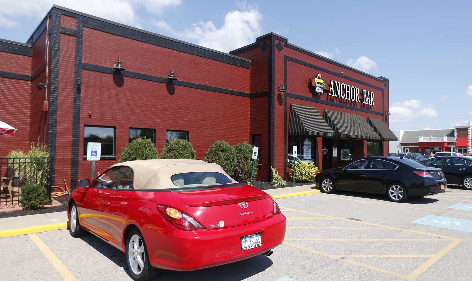 The new Anchor Bar opened on Maple Road in Amherst in August. (Robert Kirkham/Buffalo News file photo)