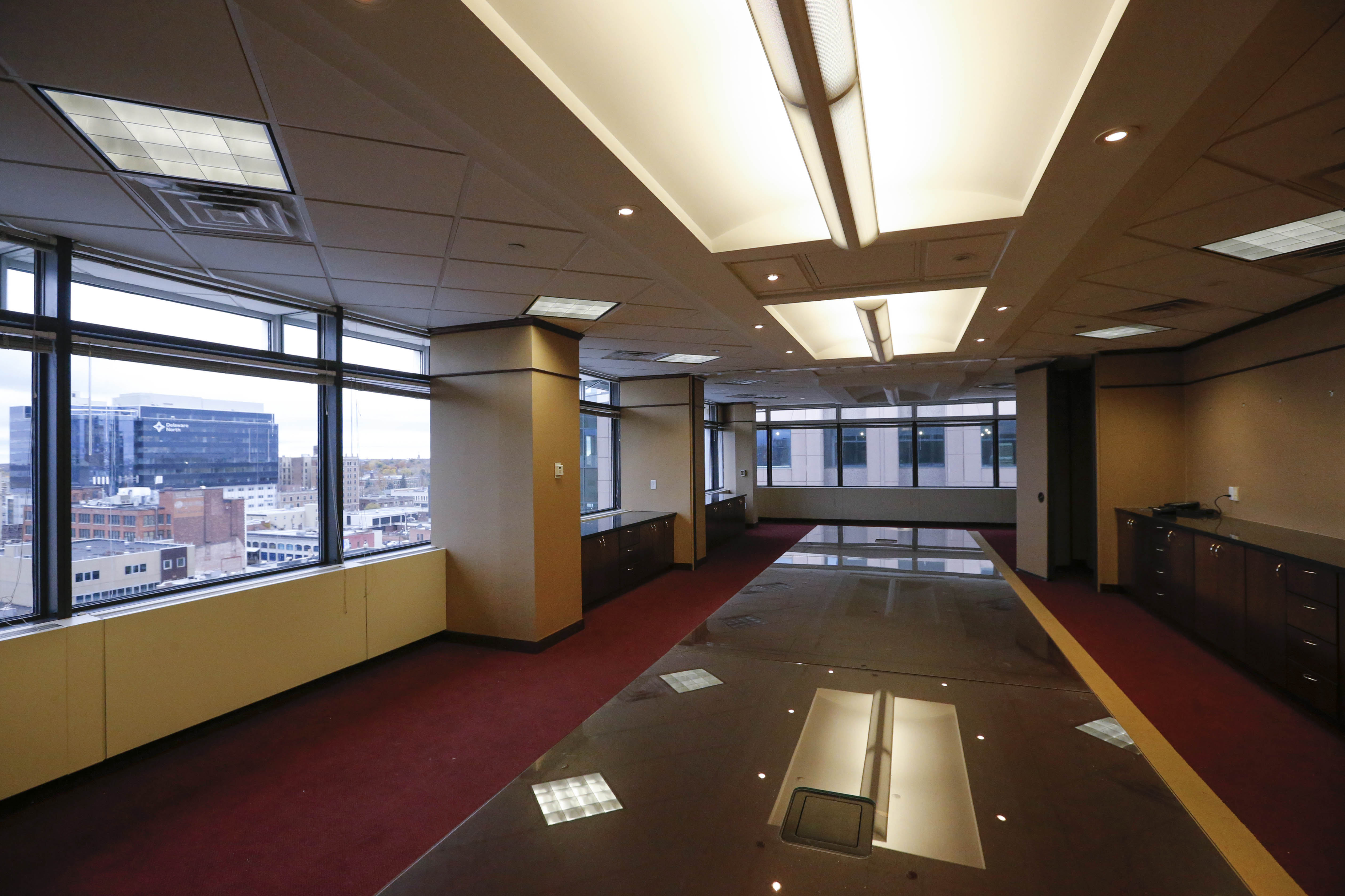 Available office space in the Bank of America building in Fountain Plaza on Main Street that the Erie County Department of Social Services wants to move into. (Derek Gee/Buffalo News)