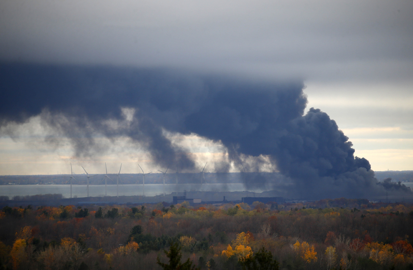 Thick, black smoke from the fire in Lackawanna was visible from Chestnut Ridge Park in Orchard Park on Wednesday, Nov. 9, 2016. (Mark Mulville/Buffalo News)