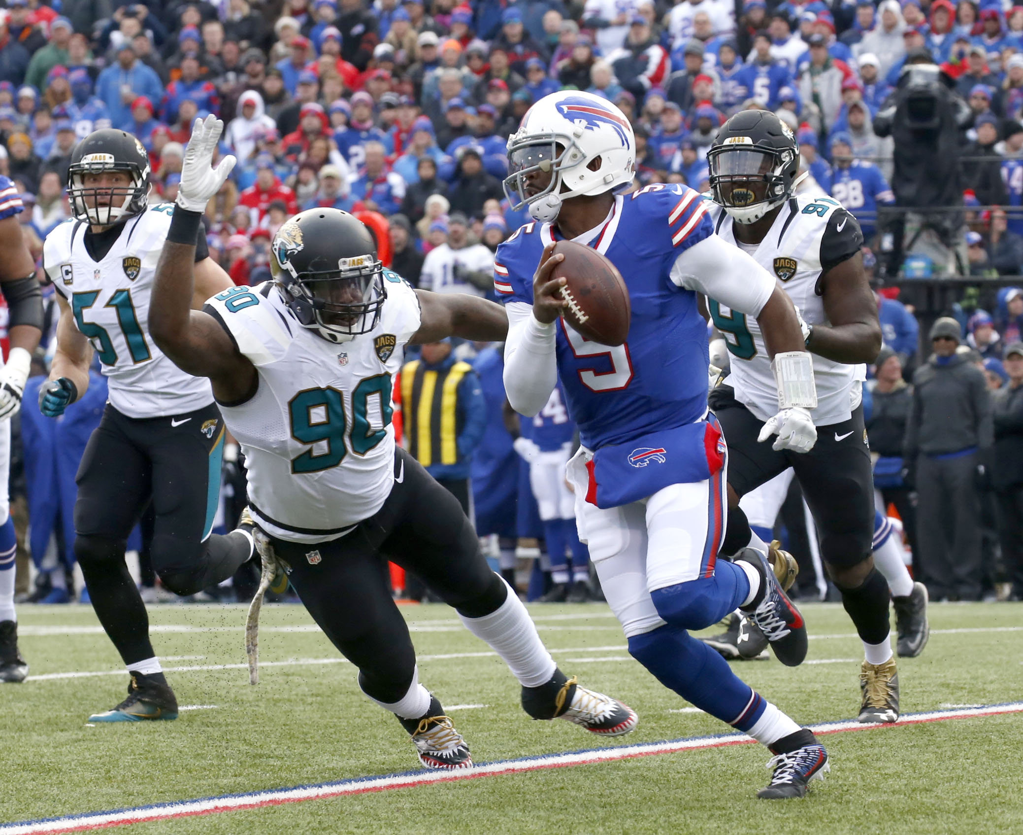 Bills quarterback Tyrod Taylor was frequently under pressure Sunday against Jacksonville.  (Robert Kirkham/Buffalo News)