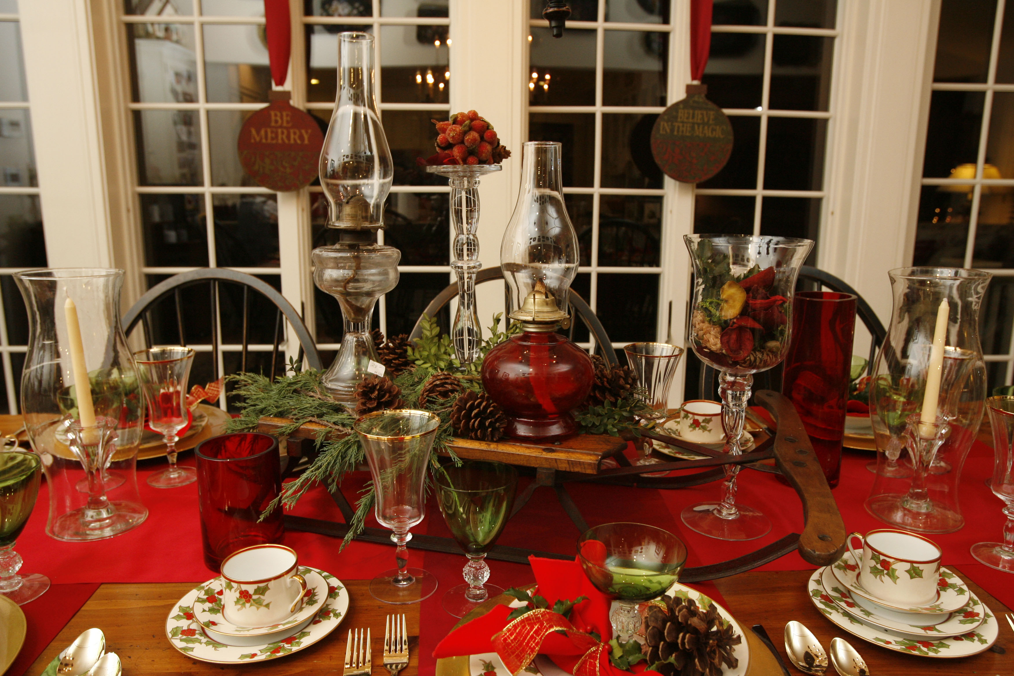A festive tablescape was on display at a previous Lewiston Tour of Homes. (Buffalo News file photo)