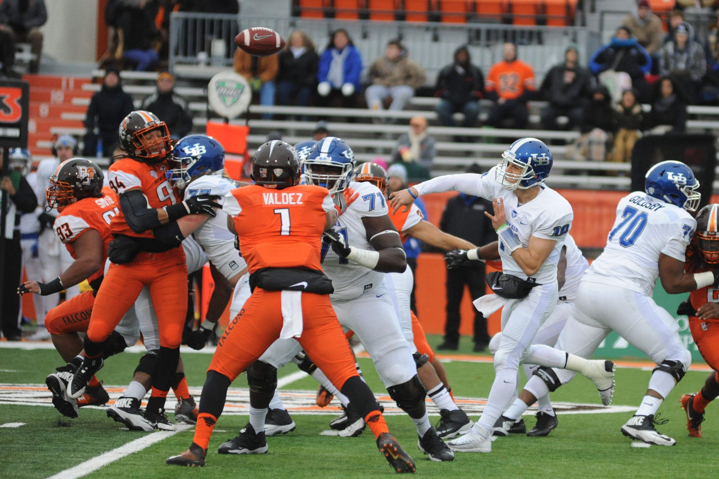 Grant Rohach threw for a UB season-high 334 yards on 20-of-35 passing with two touchdowns and no interceptions.. (Daniel Melograna/Bowling Green Sentinel-Tribune)