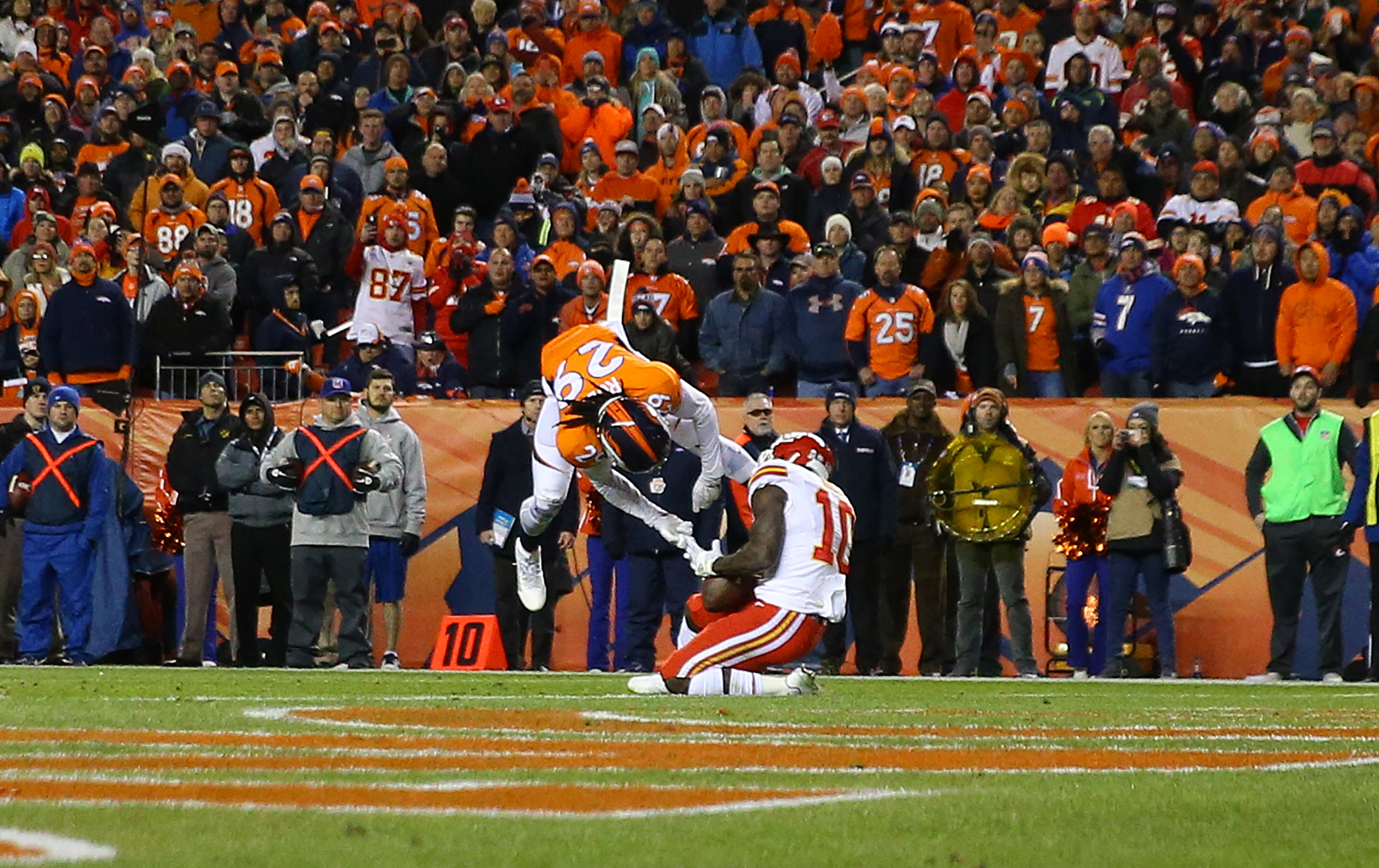 Kansas City's Tyreek Hill hauls in the touchdown pass that set up the game-tying two-point conversion in the final seconds of regulation Sunday night. The Chiefs went on to beat the Denver Broncos in overtime. (Getty Images)