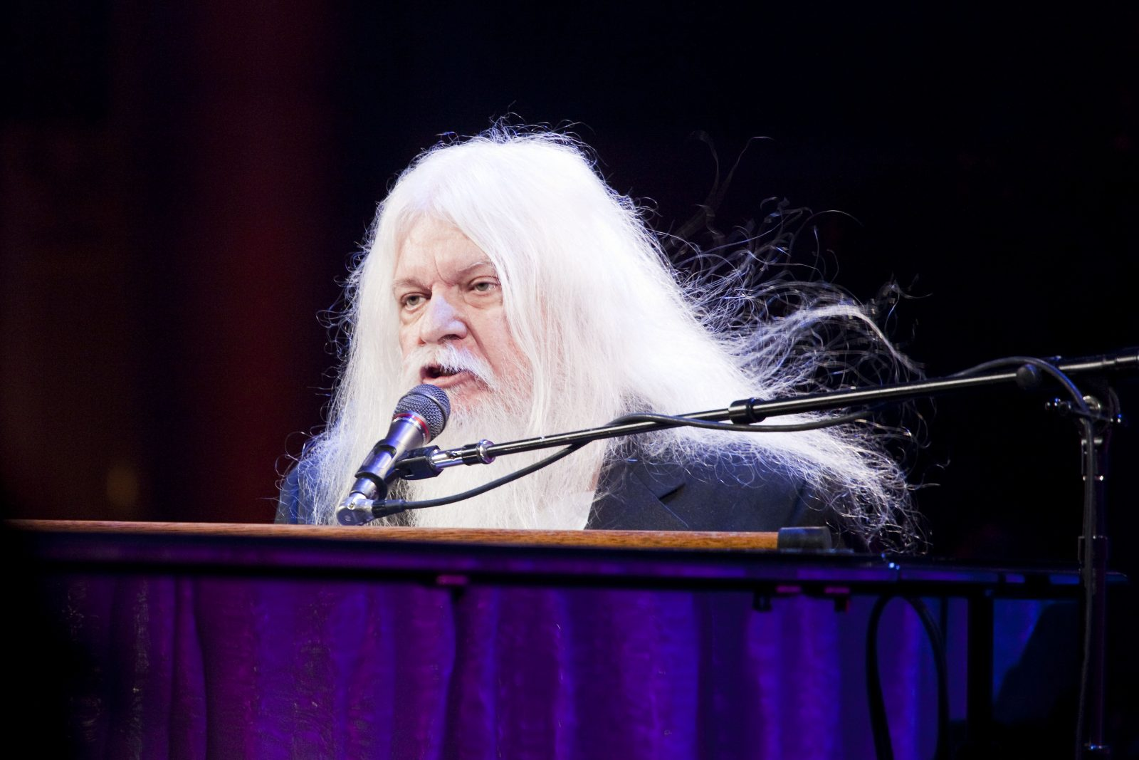 Leon Russell , the longhaired, scratchy-voiced pianist, guitarist, songwriter and bandleader, died Nov. 13. (Michael Nagle/The New York Times)