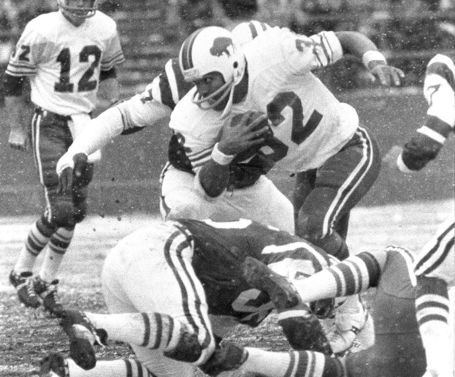 O.J. Simpson's record-setting rushing day on Thanksgiving in 1976 wasn't enough to beat the Detroit Lions. (Buffalo News file photo)