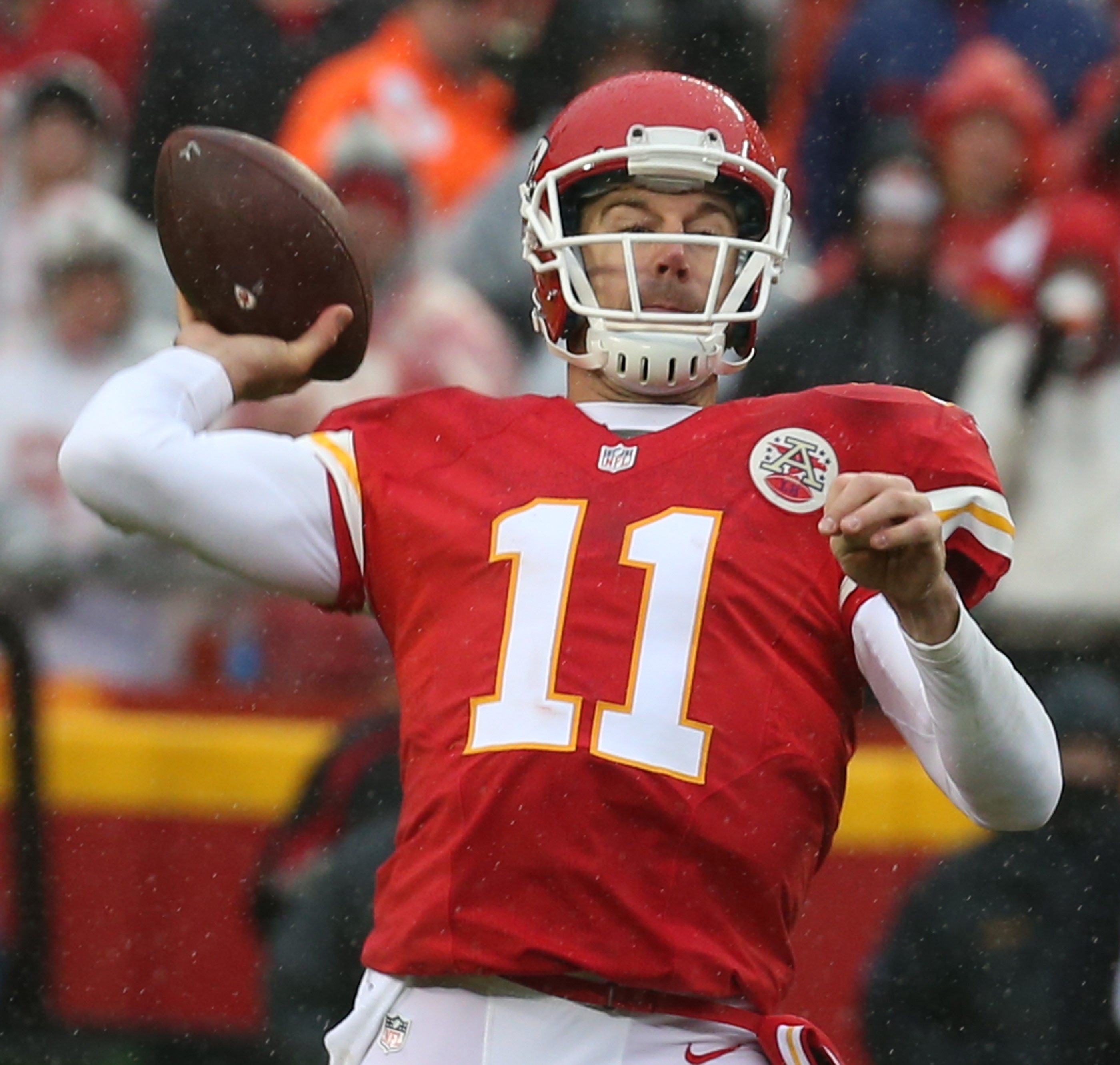 Kansas City Chiefs quarterback Alex Smith hasn't thrown a pick in 15 straight divisional road games. (James P. McCoy/ Buffalo News)