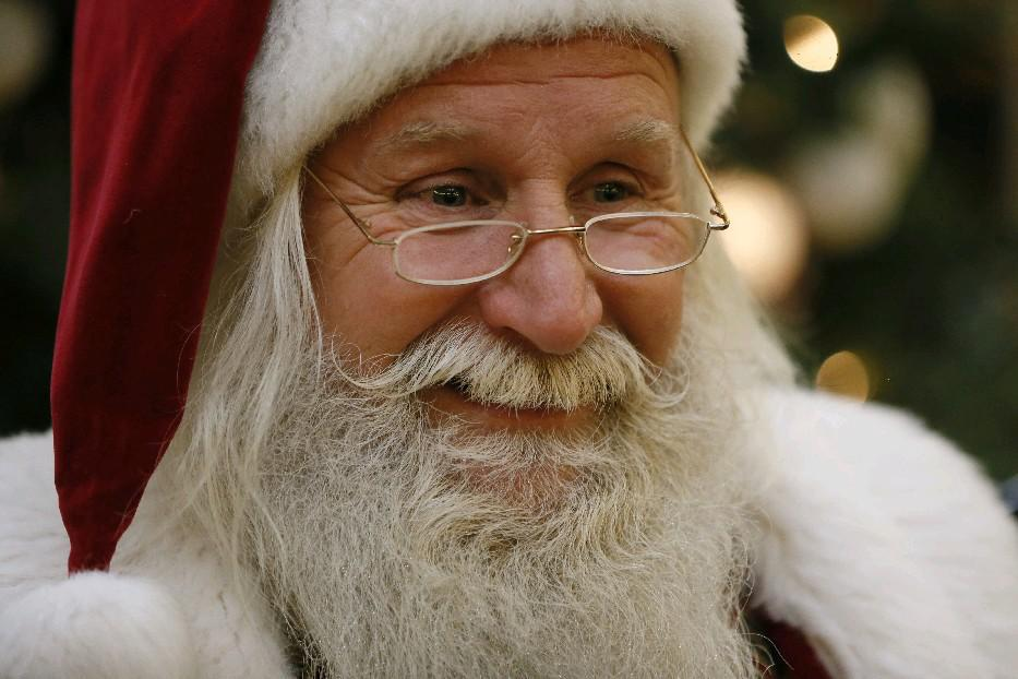 The Walden Galleria will offer special times for children with special needs to meet with Santa.  (Derek Gee/Buffalo News file photo)