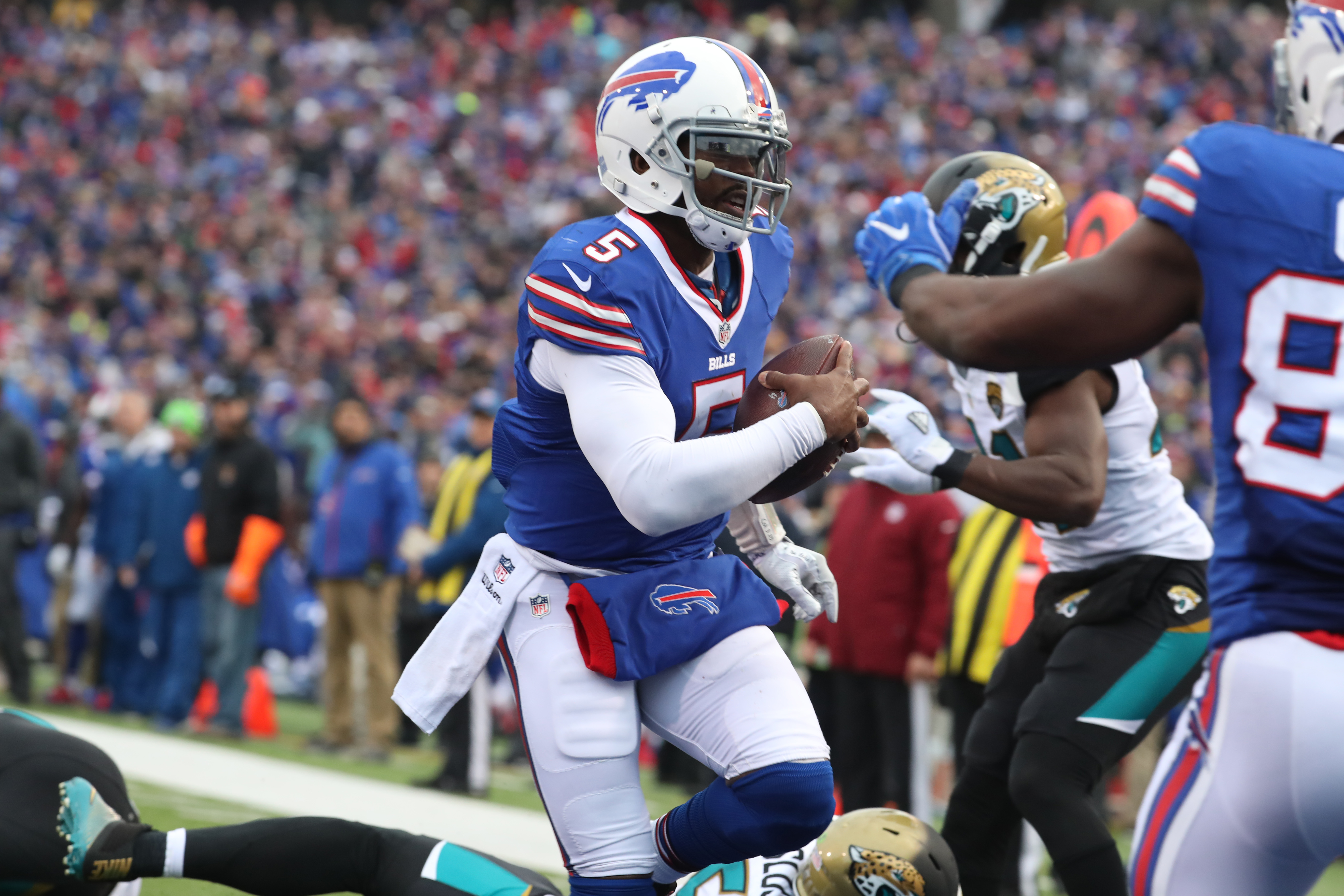 Bills quarterback Tyrod Taylor scores a touchdown against Jacksonville in the Nov. 27 win.