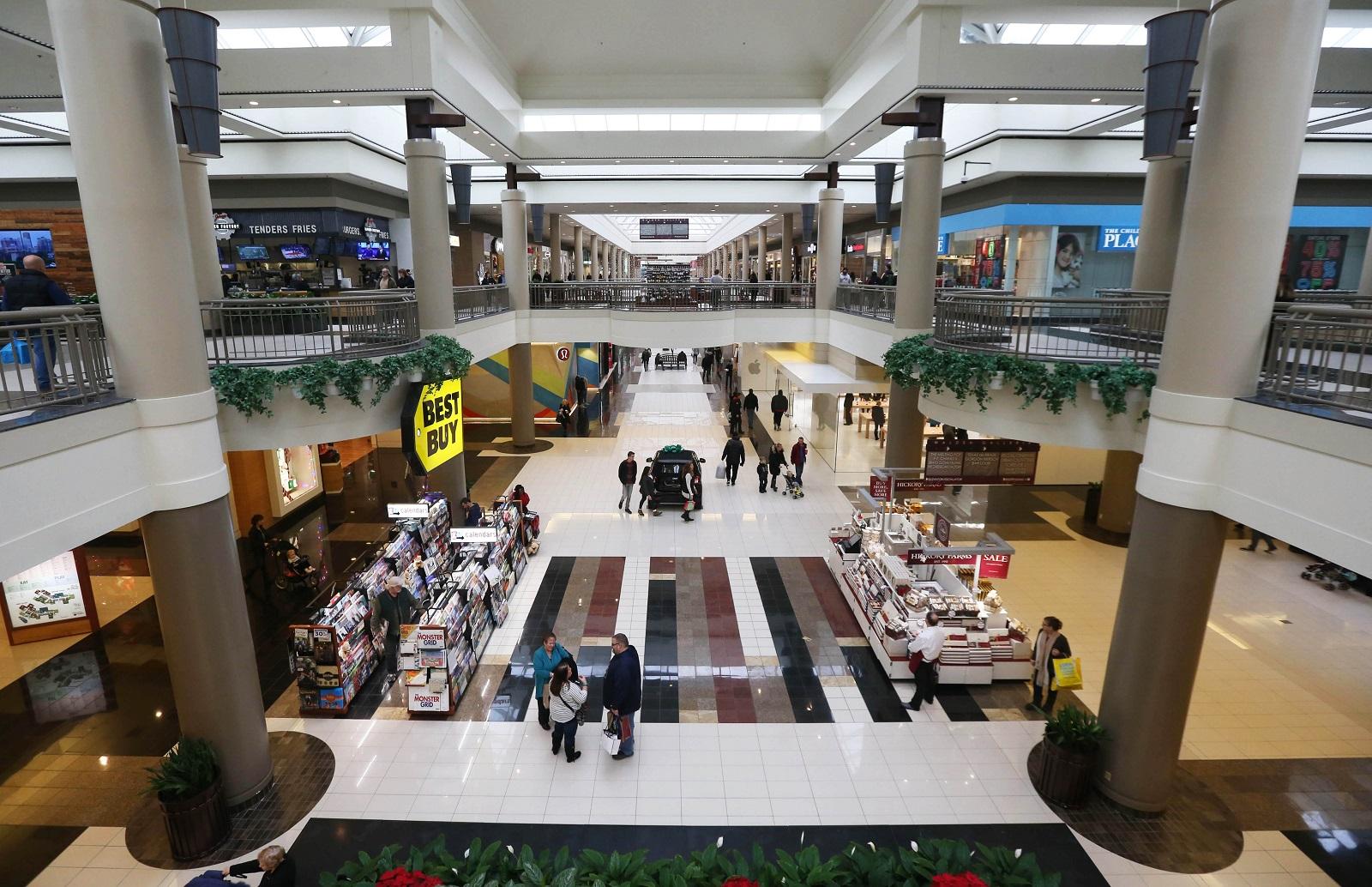 The Walden Galleria will open at 9 p.m. on Thanksgiving. (Sharon Cantillon/Buffalo News)