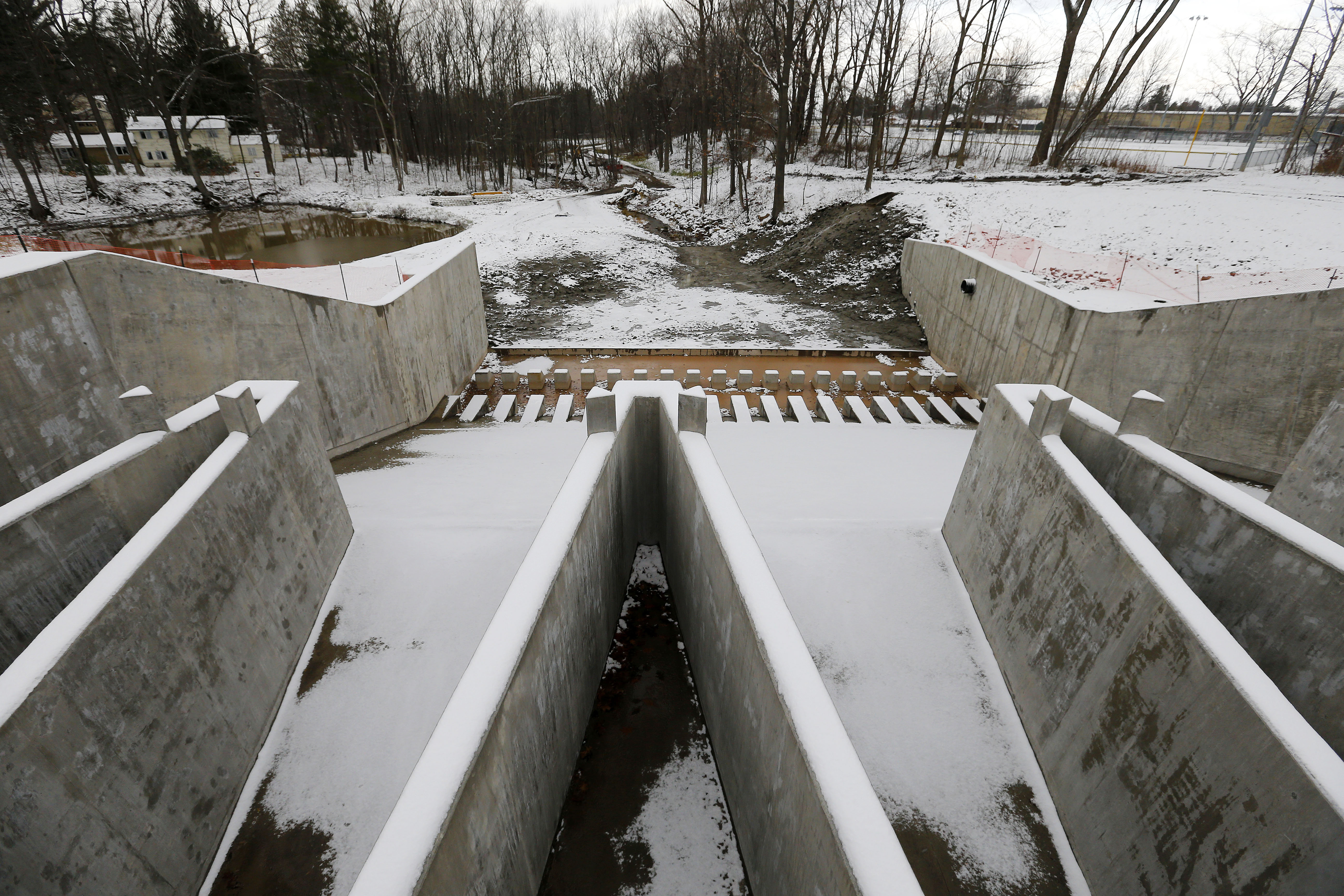 The new dam at Green Lake in Orchard Park Thursday, December 8, 2016. (Mark Mulville/The Buffalo News)