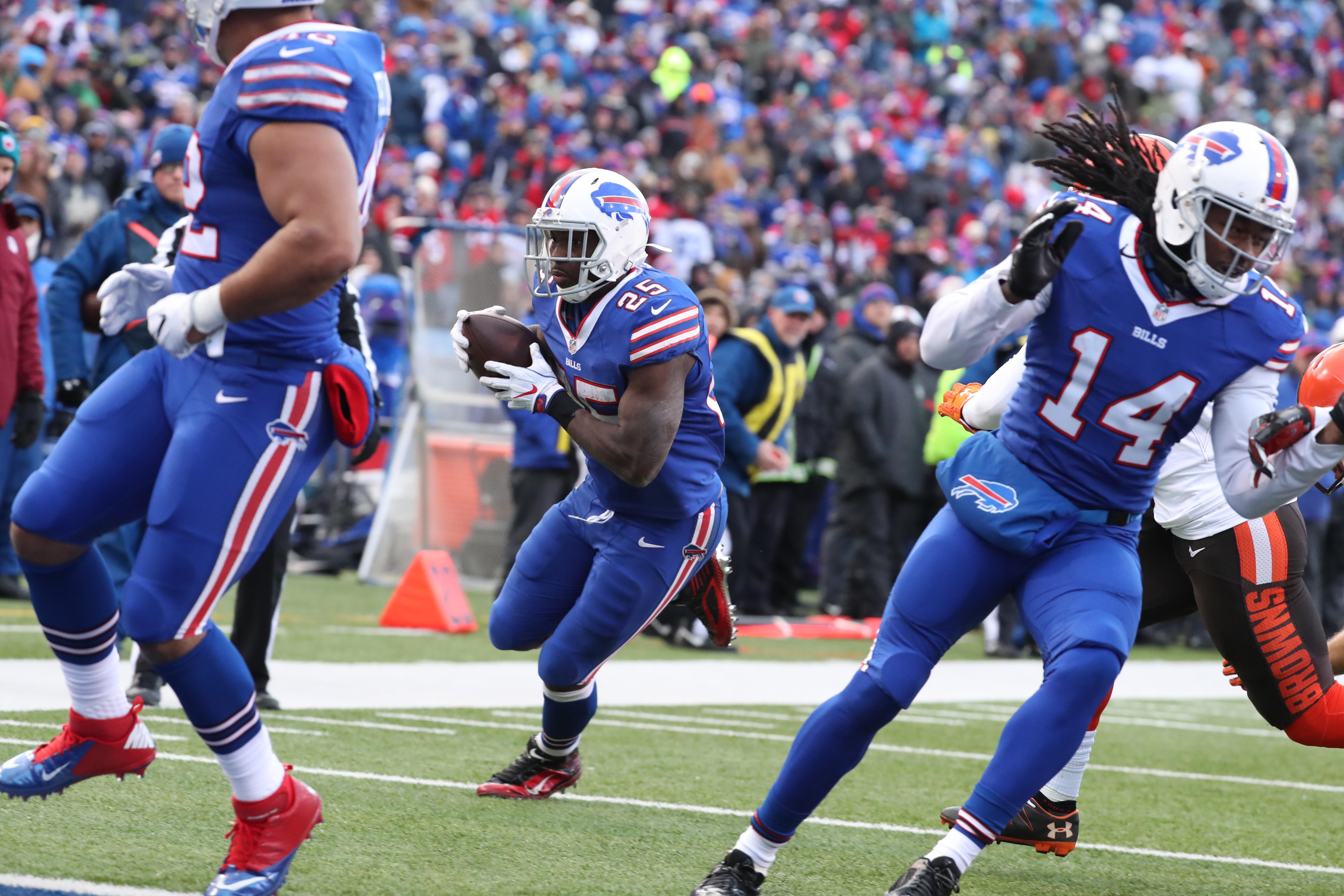John Murphy wasn't as enthusiastic as expected on LeSean McCoy's first touchdown run. (James P. McCoy/Buffalo News)