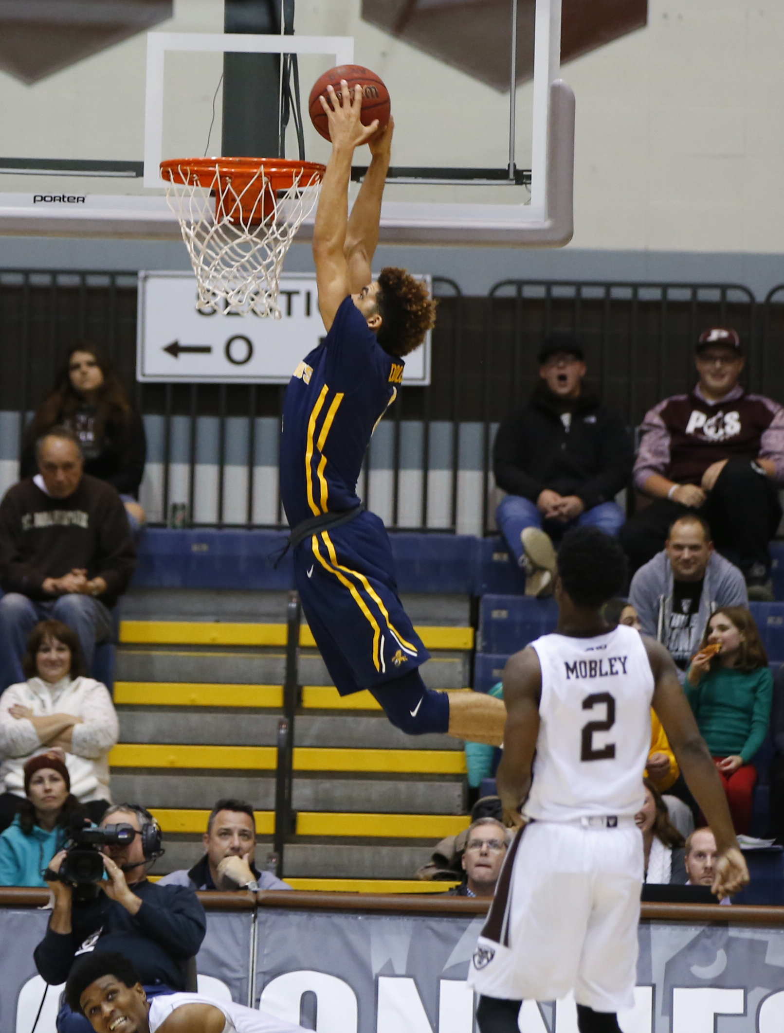 Canisius Kiefer Douse dunks against St. Bonaventure during second half action at the Reilly Center on Thursday, Dec. 22, 2016. (Harry Scull Jr./Buffalo News)