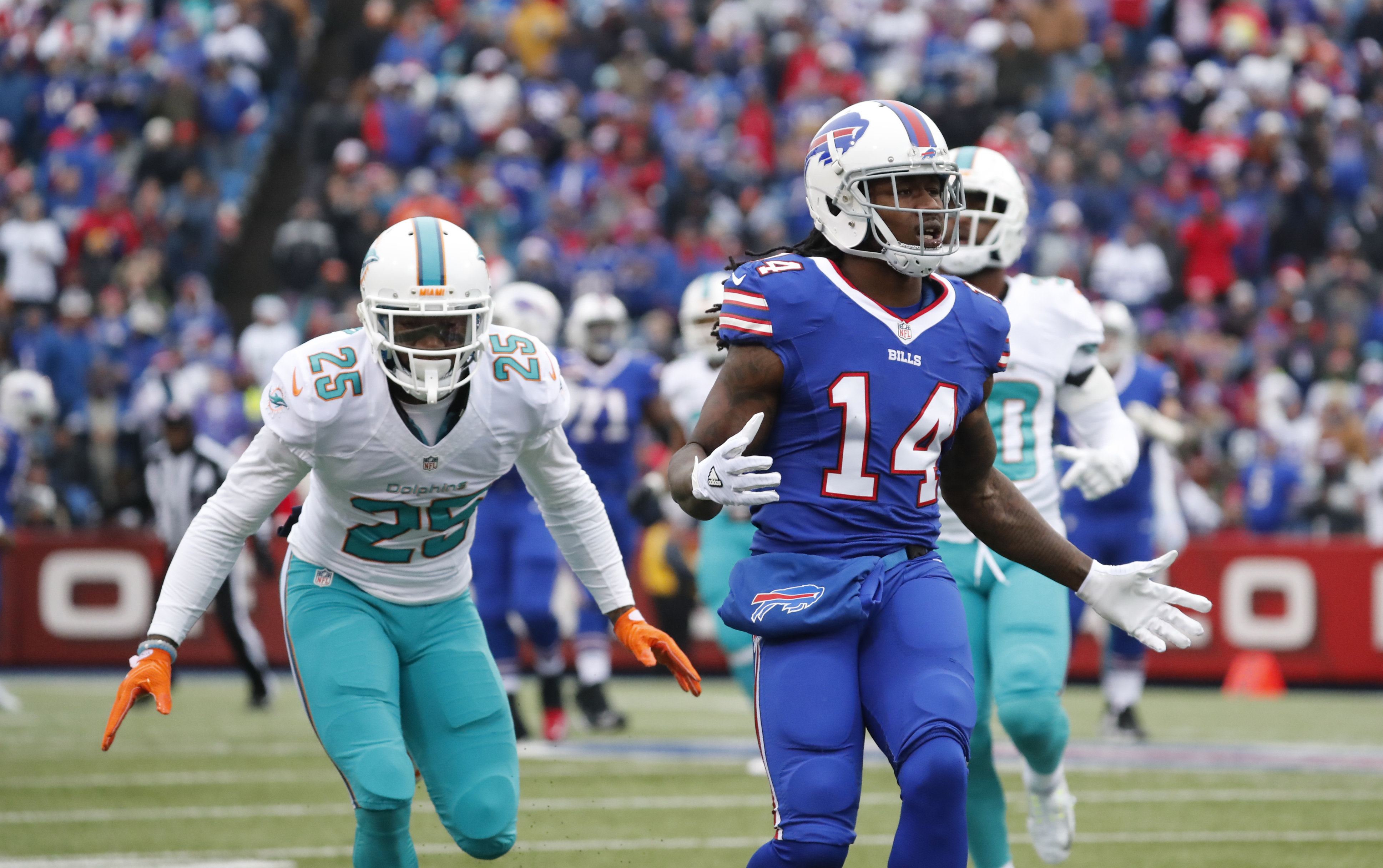 Buffalo Bills receiver Sammy Watkins gestures after a ball is thrown behind him. (Harry Scull Jr./Buffalo News)