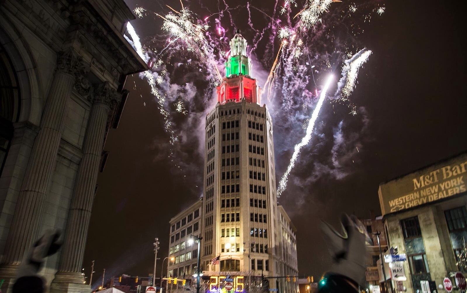 Fireworks at the dawn of 2016 at Roosevelt Square. (Don Nieman/Special to The News)