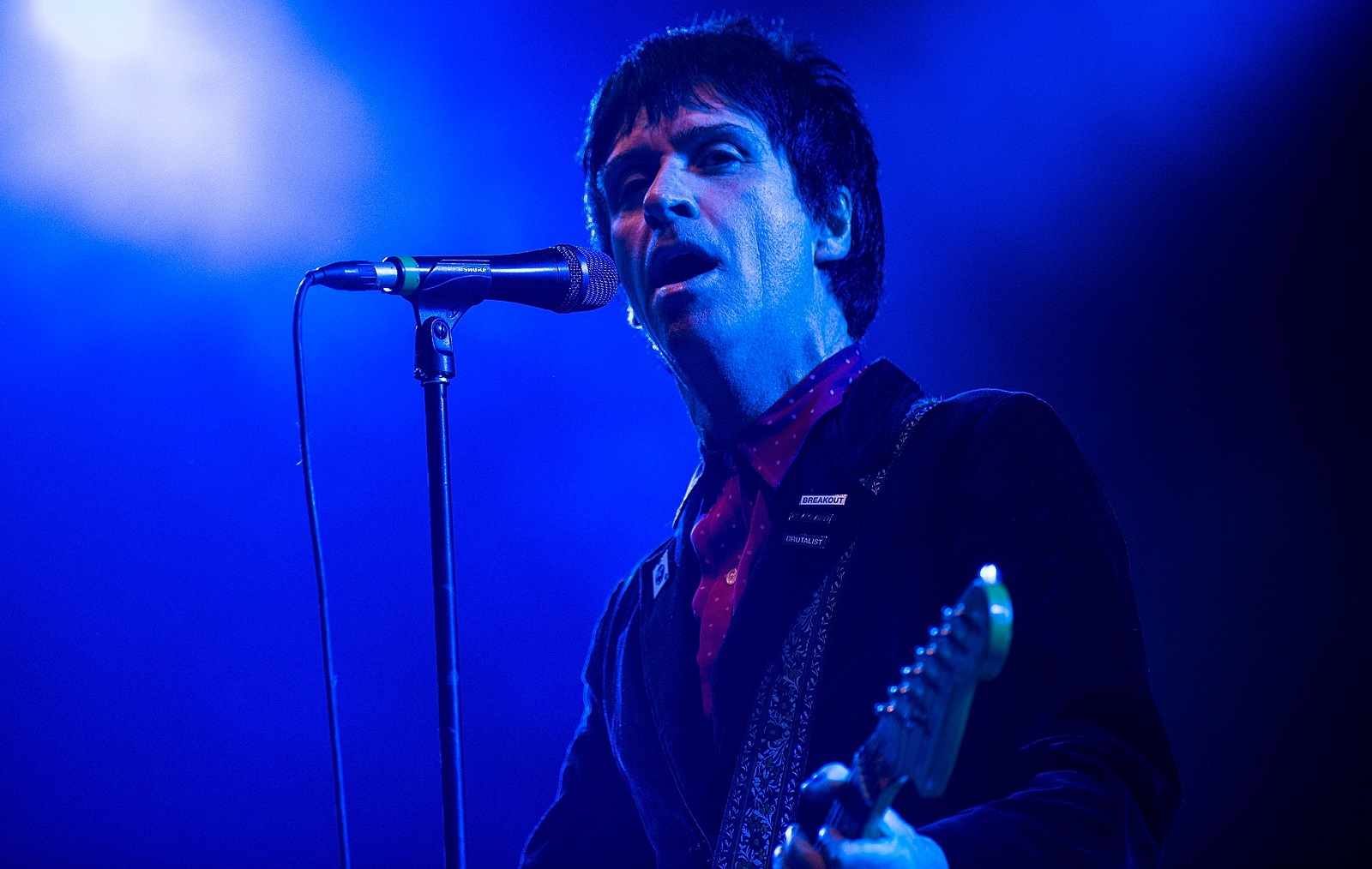 Johnny Marr's autobiography is one of Jeff Miers' suggested book gifts. (Getty Images)