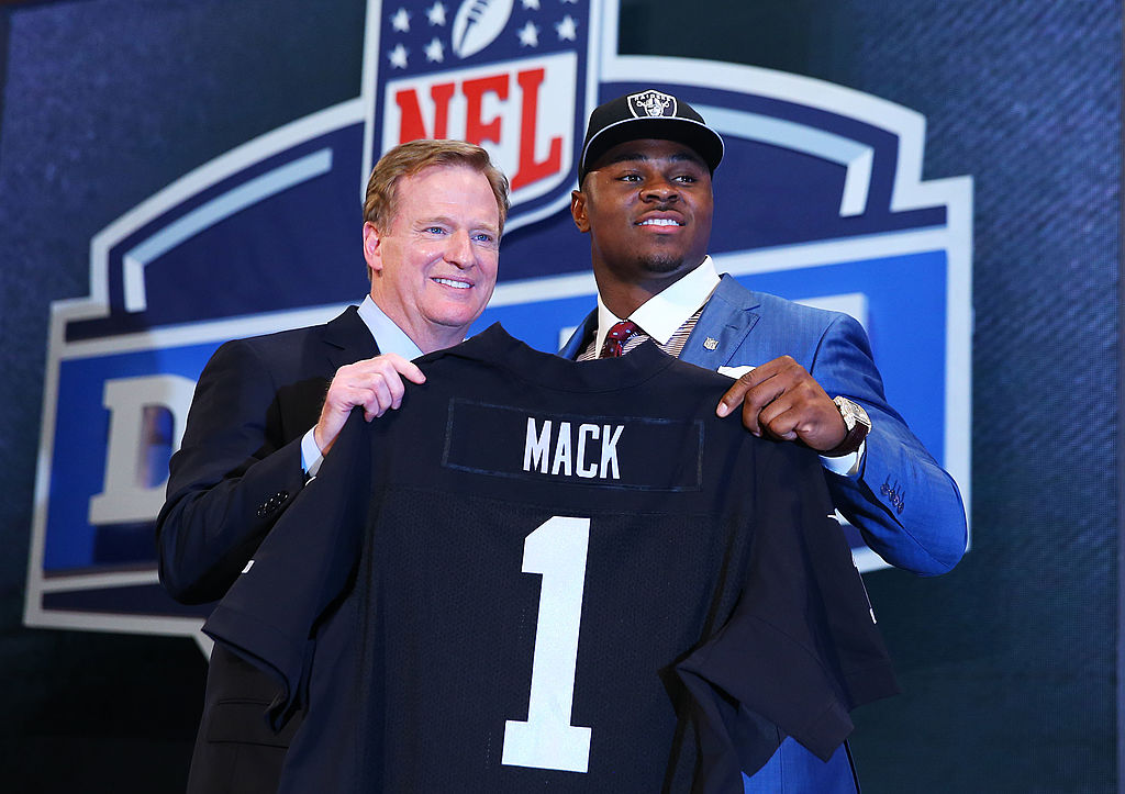 b2f196458 The Oakland Raiders drafted Khalil Mack out of the University at Buffalo  with the fifth overall