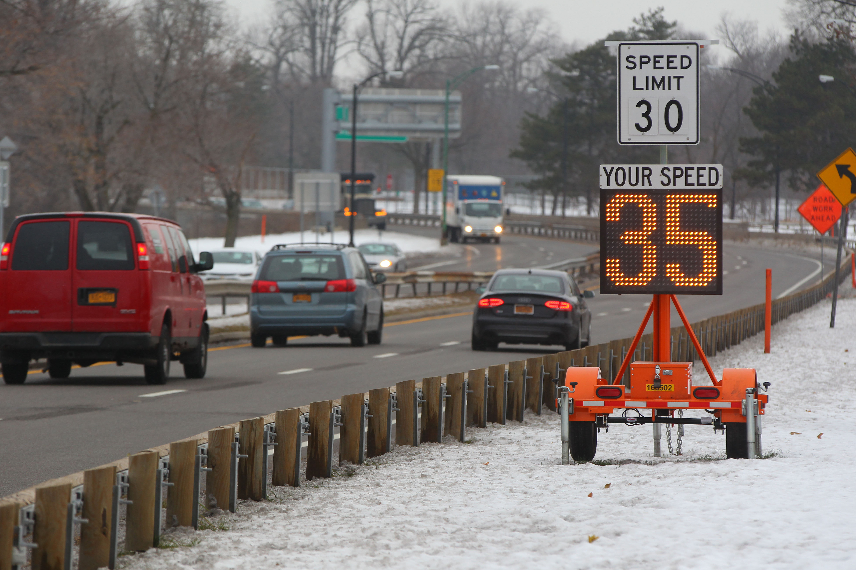 Cars drive the Scajaquada Corridor in Buffalo on Monday, Dec. 12, 2016. (Mark Mulville/Buffalo News)