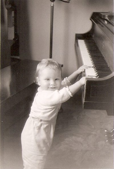 Bob Kinkel, at age 2, discovered the piano in his home. (Courtesy Barbara Kinkel Bronkie)