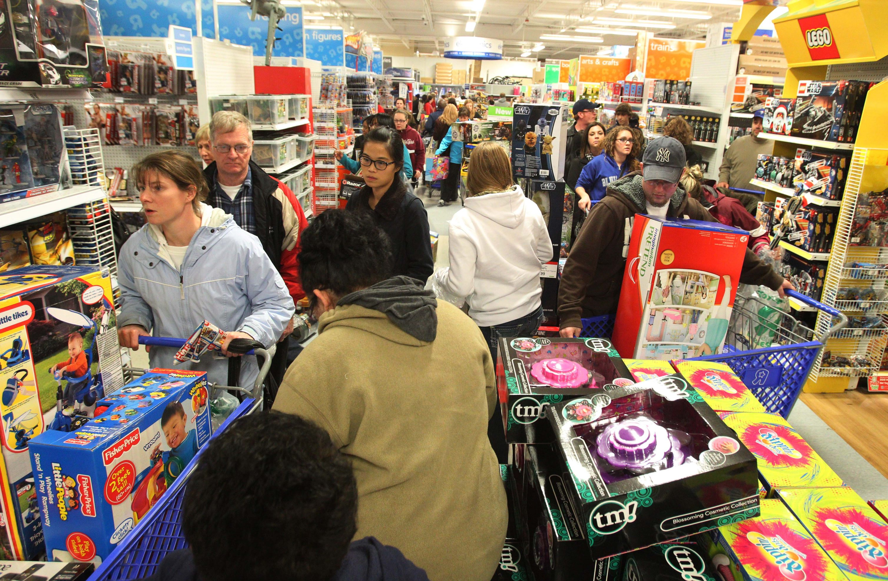 Toys R Us on Sheridan Drive in Amherst. {Photo by Sharon Cantillon / Buffalo News}