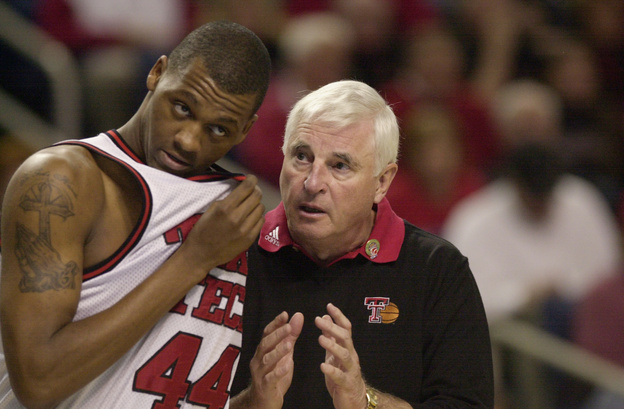 Texas Tech coach Bobby Knight gives instruction to Darryl Dora. (James P. McCoy/Buffalo News)