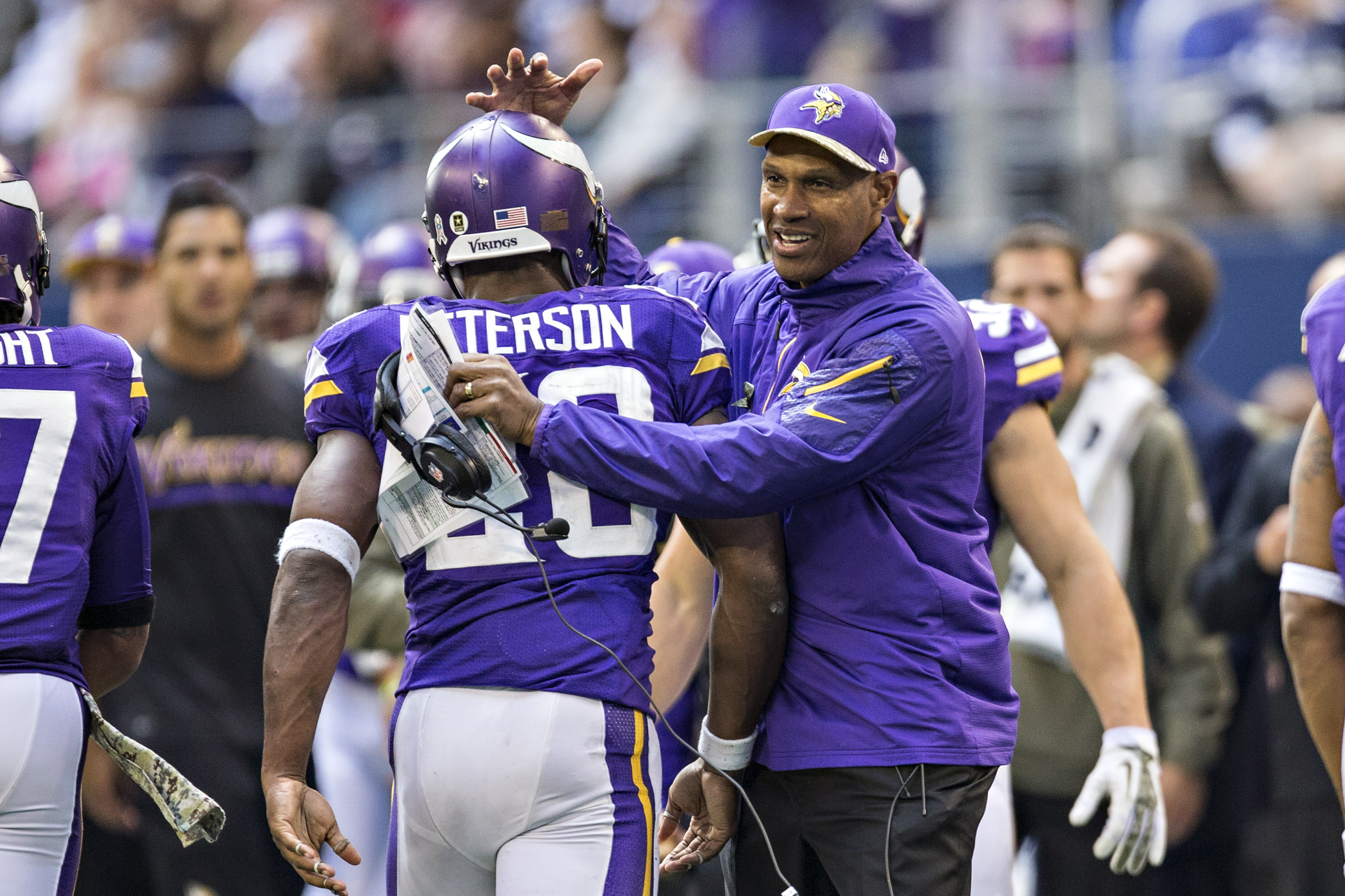 Leslie Frazier while coaching the Vikings.  (Getty Images)