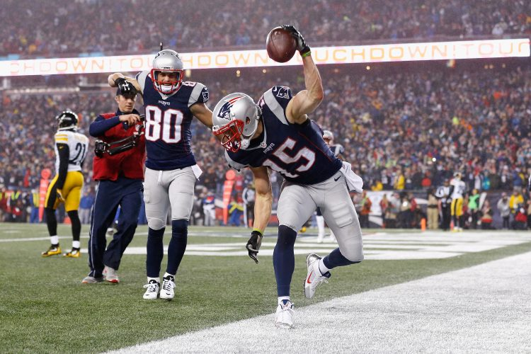 Should the Bills have found a way to keep Chris Hogan?