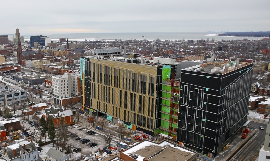 A new building to house UB's Jacobs School of Medicine and Biomedical Sciences on the Buffalo Niagara Medical Campus is under construction. (Buffalo News/ Robert Kirkham)