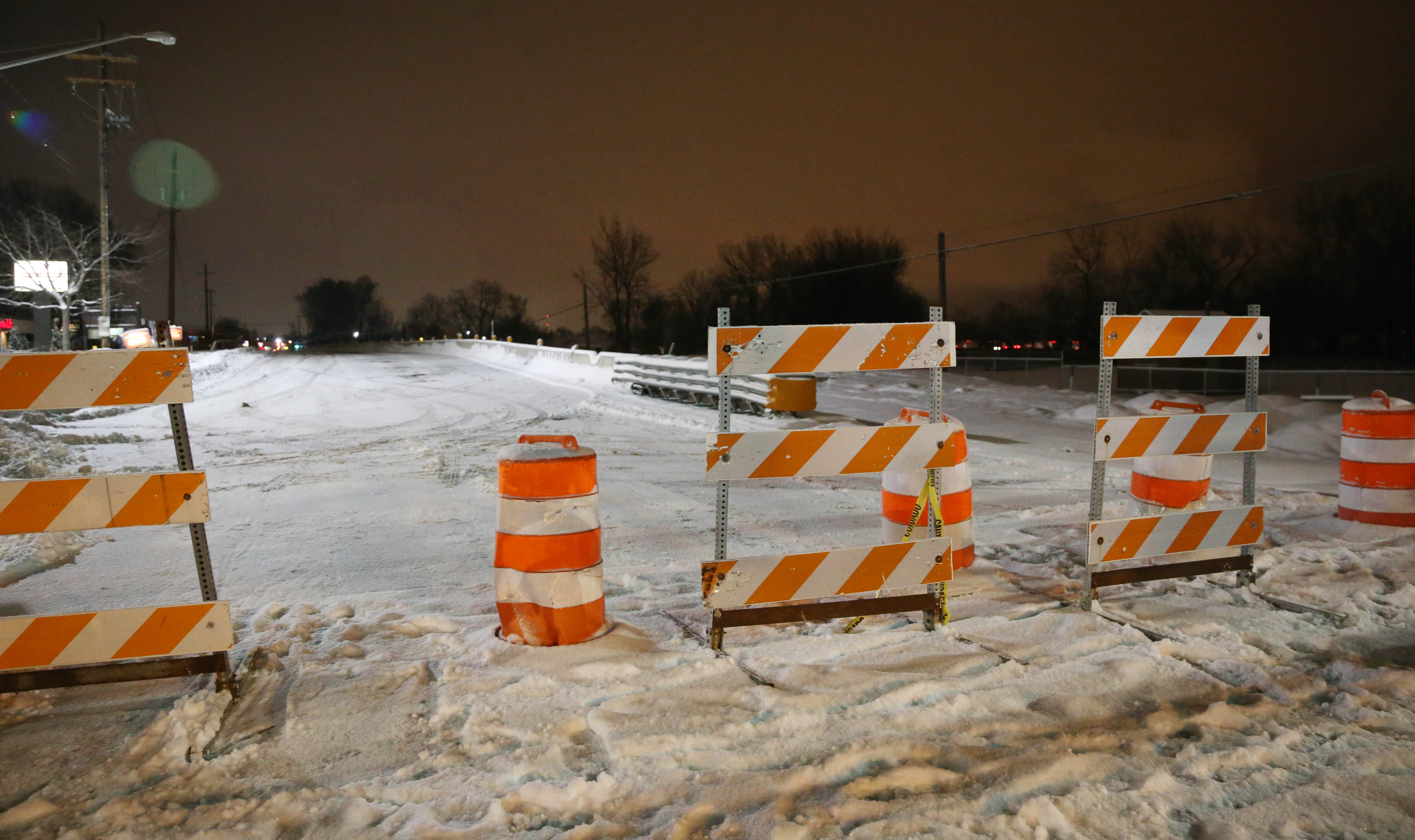 The Harlem Road bridge at Clinton Street has some structural damage and was closed down by the DOT for fear that it may collapse on Thursday, Jan. 5, 2017. (Sharon Cantillon/Buffalo News)