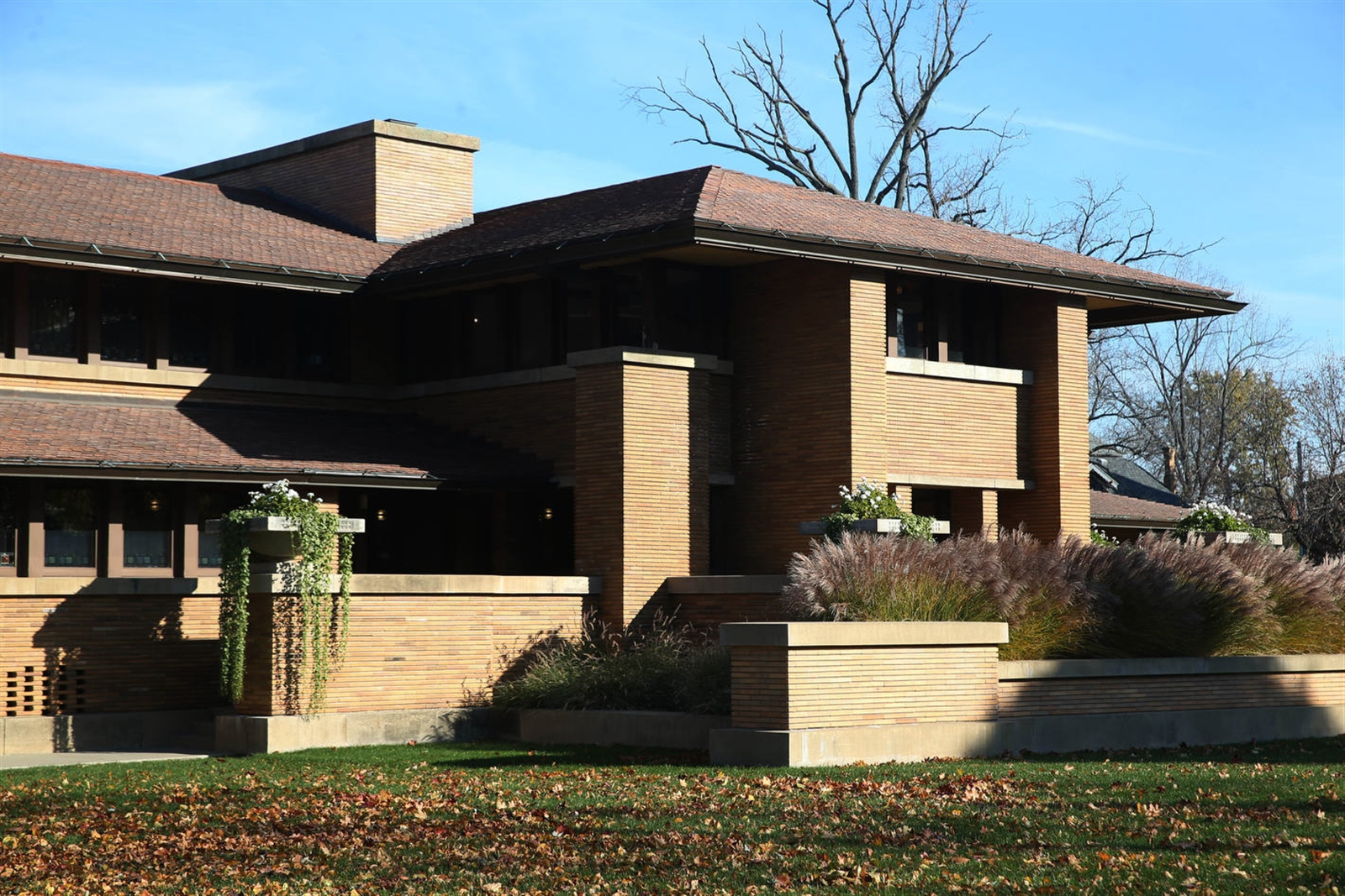The house that Wright built: the Darwin Martin House on Jewett Parkway. (Sharon Cantillon/News file photo)