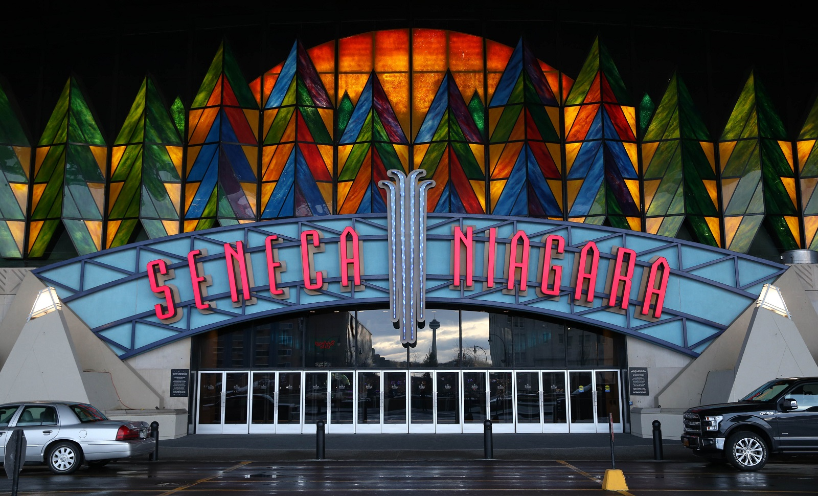 The facade of Seneca Niagara Casino in Niagara Falls. (Sharon Cantillon/News file photo)