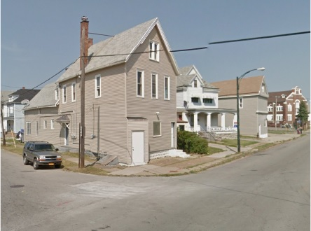 A restaurant and grocery is planned for a two-story house on Sycamore Avenue. (Buffalo Planning Board)
