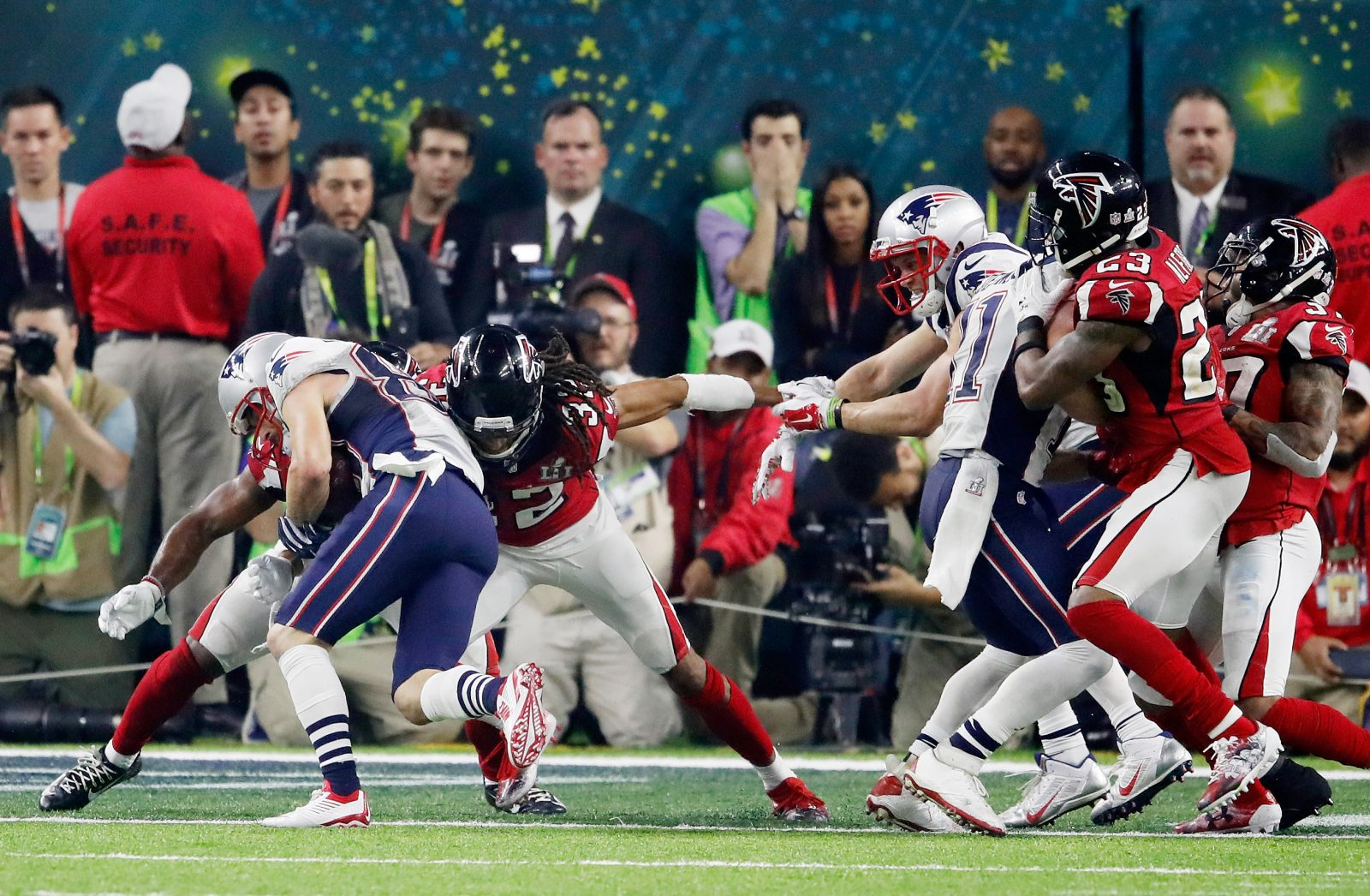 Patriots receiver Danny Amendola converts the tying two-point conversion. (Getty Images)