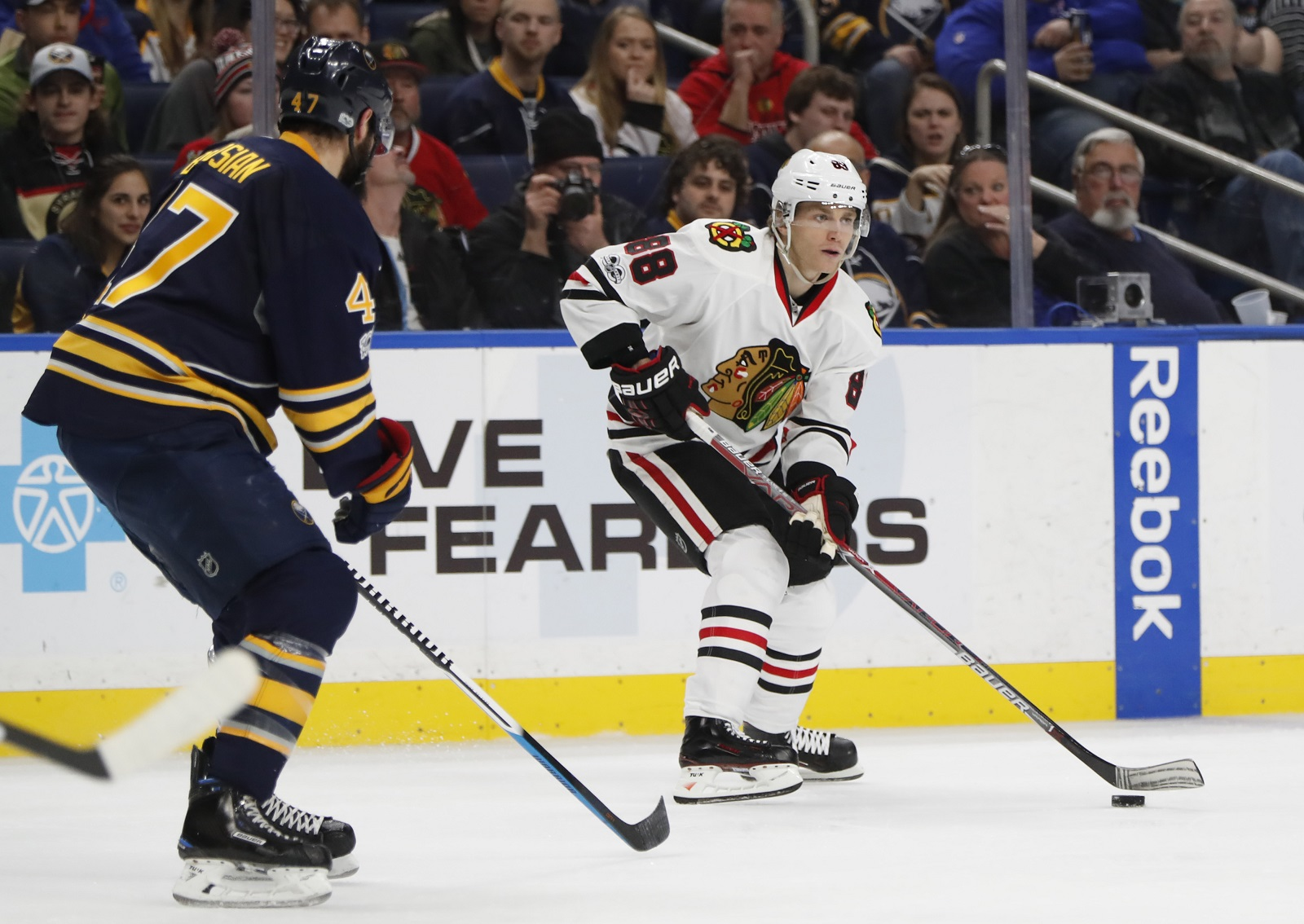 Chicago Blackhawks Patrick Kane skates with the puck against the Buffalo Sabres during second period action at the Keybank Center on Sunday (Harry Scull Jr./Buffalo News)